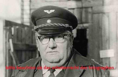 Peter Söllner - 1975 - GUSTE: Eine LOKOMOTIVE im SPREEWALD - 7 OriginalFotographien des OstBerliner Fotographen kopen? Bied vanaf 85!