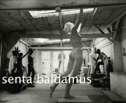 Senta Baldamus - 2 ATELIER-Fotos mit diversen SKULTUREN der BERLINer BILDHAUERIN aus BRESLAU (Foto:Ulla ZERNICKE VBK) kopen? Bied vanaf 110!