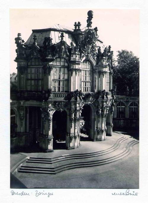 Max Baur - DRESDENer ZWINGER - handsignierte OriginalFotographie des MEISTERs der photographischen MODERNE kopen? Bied vanaf 45!