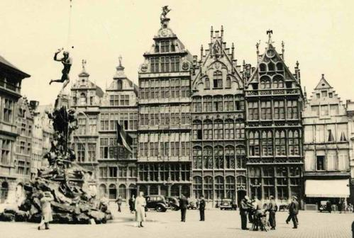 Paul W. John - Fotografiert BELGIEN: ANVERS - ANTWERPEN - GROTEMARKT mit BRABOBRUNNEN - Handabzug um 1935 VINTAG kopen? Bied vanaf 26!