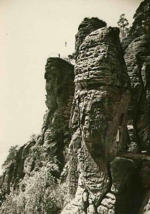 Paul W. John - Fotografiert Deutschland: SÄCHSISCHE SCHWEIZ: Die BASTEI - um 1935 - VINTAGE kopen? Bied vanaf 35!