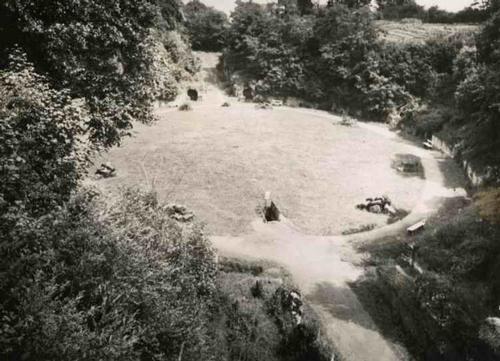Paul W. John - Fotografiert DEUTSCHLAND: TRIER a/MOSEL - ALTRÖMISCHE ZIRKUSANLAGE - Handabzug um 1935 - VINTAGE kopen? Bied vanaf 32!
