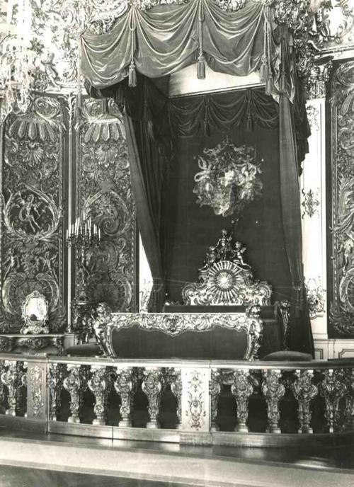 Paul W. John - Fotografiert: OBERBAYERN - SCHLOß LINDERHOF PRUNKBETT LUDWIG II kopen? Bied vanaf 48!