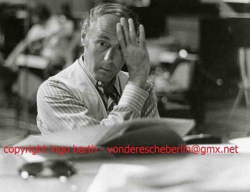 Ingo Barth - Handsigniertes Portrait: US-KOMPONIST Henry MANCINI - 1971 - Vintage Handabzug des Fotografen kopen? Bied vanaf 75!