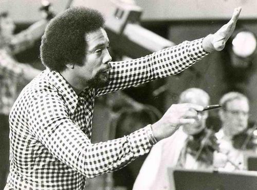 Ingo Barth - JAZZ-TROMPETER QUINCY JONES - Handsigniertes Portrait des ProminentenFotografen - VINTAGE Handabzug kopen? Bied vanaf 95!