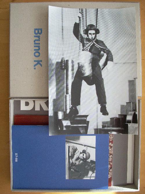 Bruno K. - Karton-Box mit 1 sign.+num. Original-Fotografie + 7 verschedenen Katalogen kopen? Bied vanaf 95!