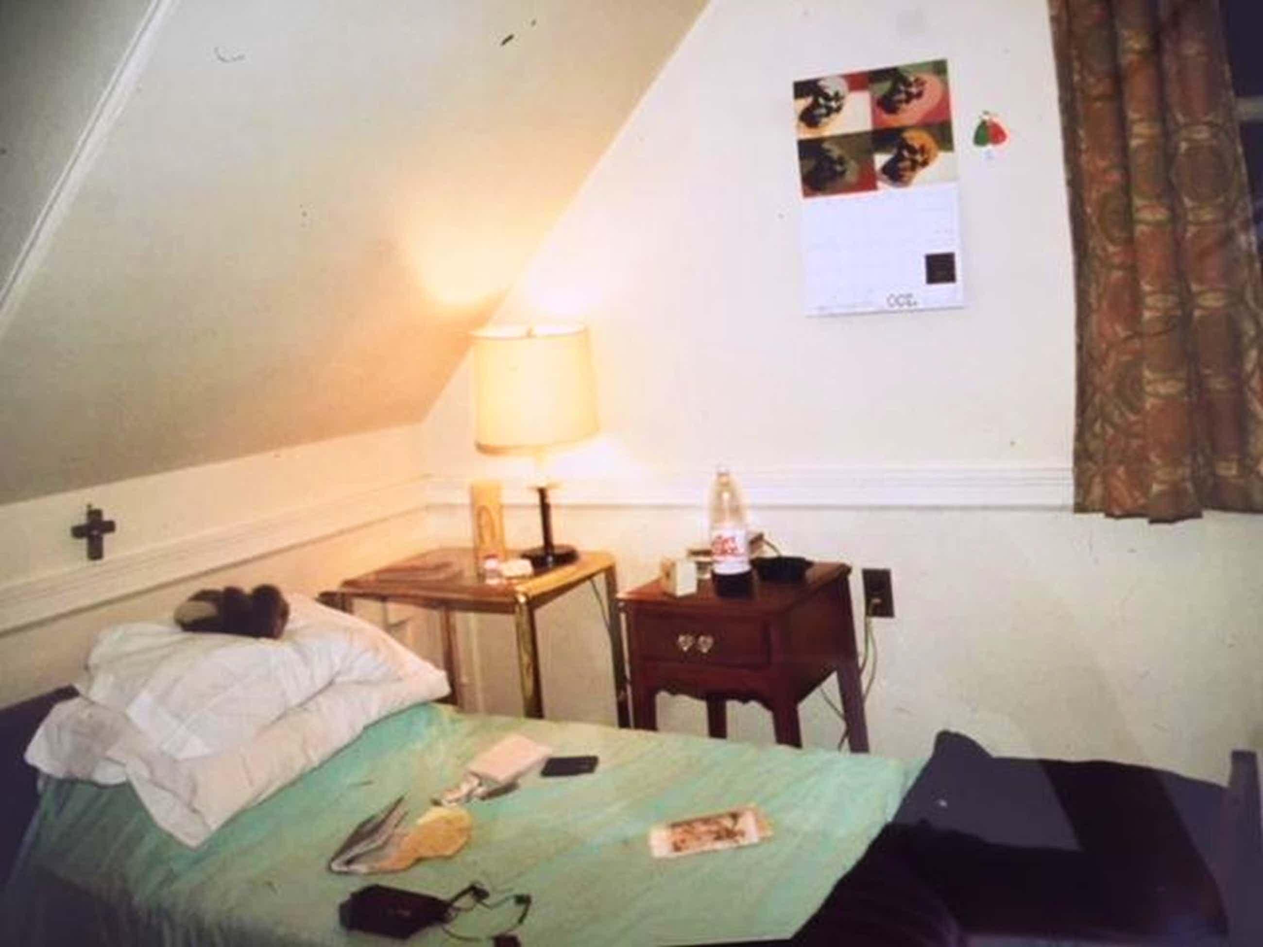 Nan Goldin - My room in halfway house, 1988 , Original Fotografie, signiert kopen? Bied vanaf 1190!