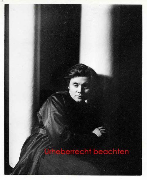 Jaroslav Rössler - PORTRAIT der GATTIN - Silbergelatine-Abzug des DRTIKOL-Schülers d.TSCHECHISCHEN FOTOGRAPH. AVANGaRDE kopen? Bied vanaf 85!