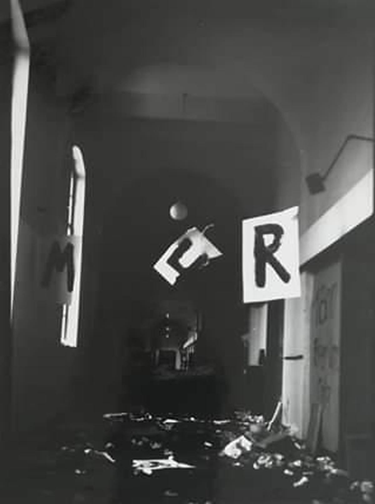 Rolf Sackenheim - S/W Foto: Kunstakademie Düsseldorf aus den `70 er Jahren kopen? Bied vanaf 65!