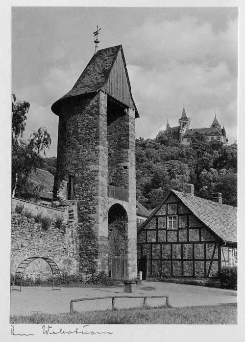 Elly Trepte - WERNIGERODE - 10 OriginalFotographien der POTSDMer Fotografin in hübscher OriginalMappe 1969 Vintage kopen? Bied vanaf 75!