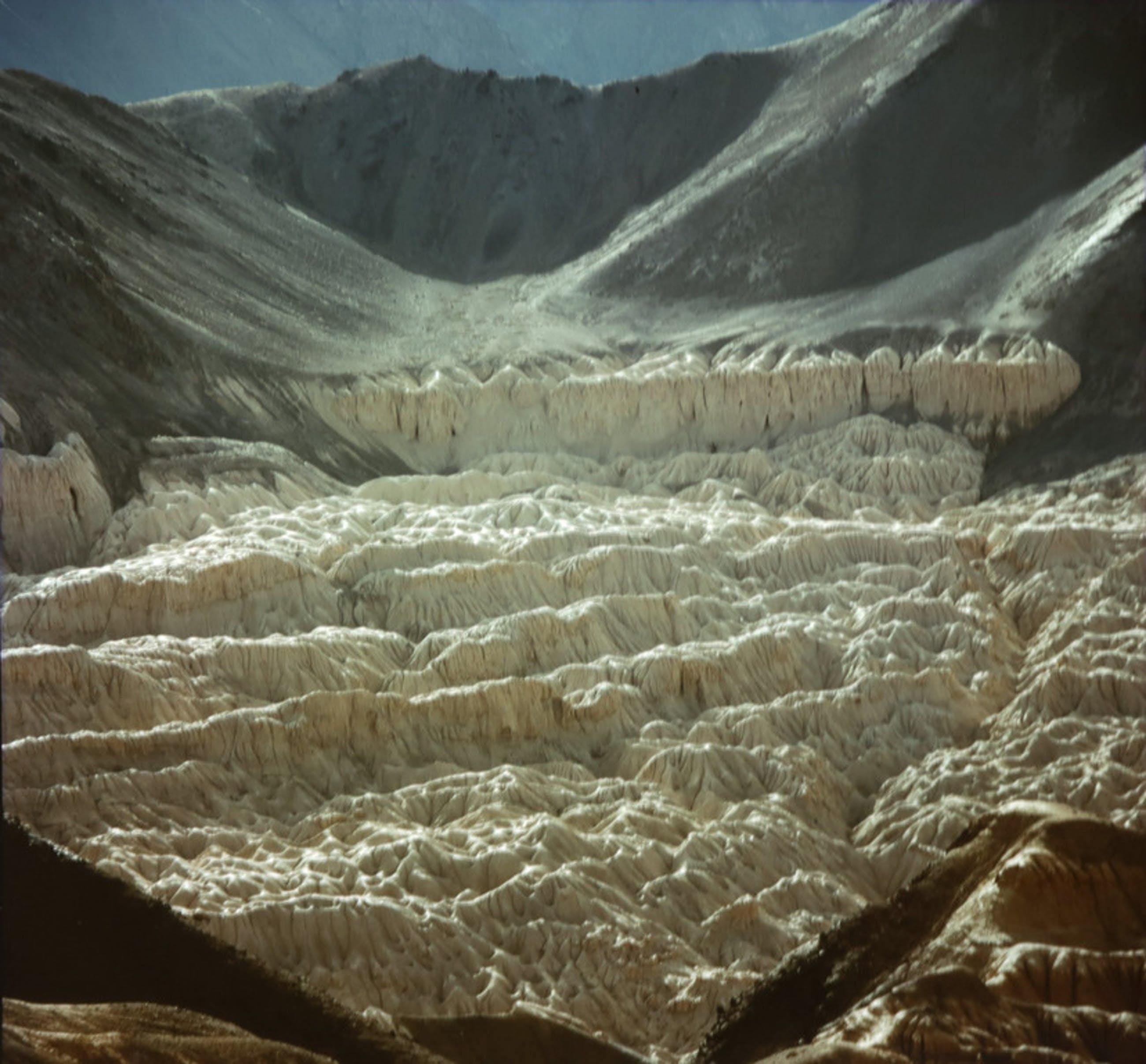 Diederik van Goethem: C-print, Lamayuru, opgedroogd meer Ladakh Himalaya kopen? Bied vanaf 20!
