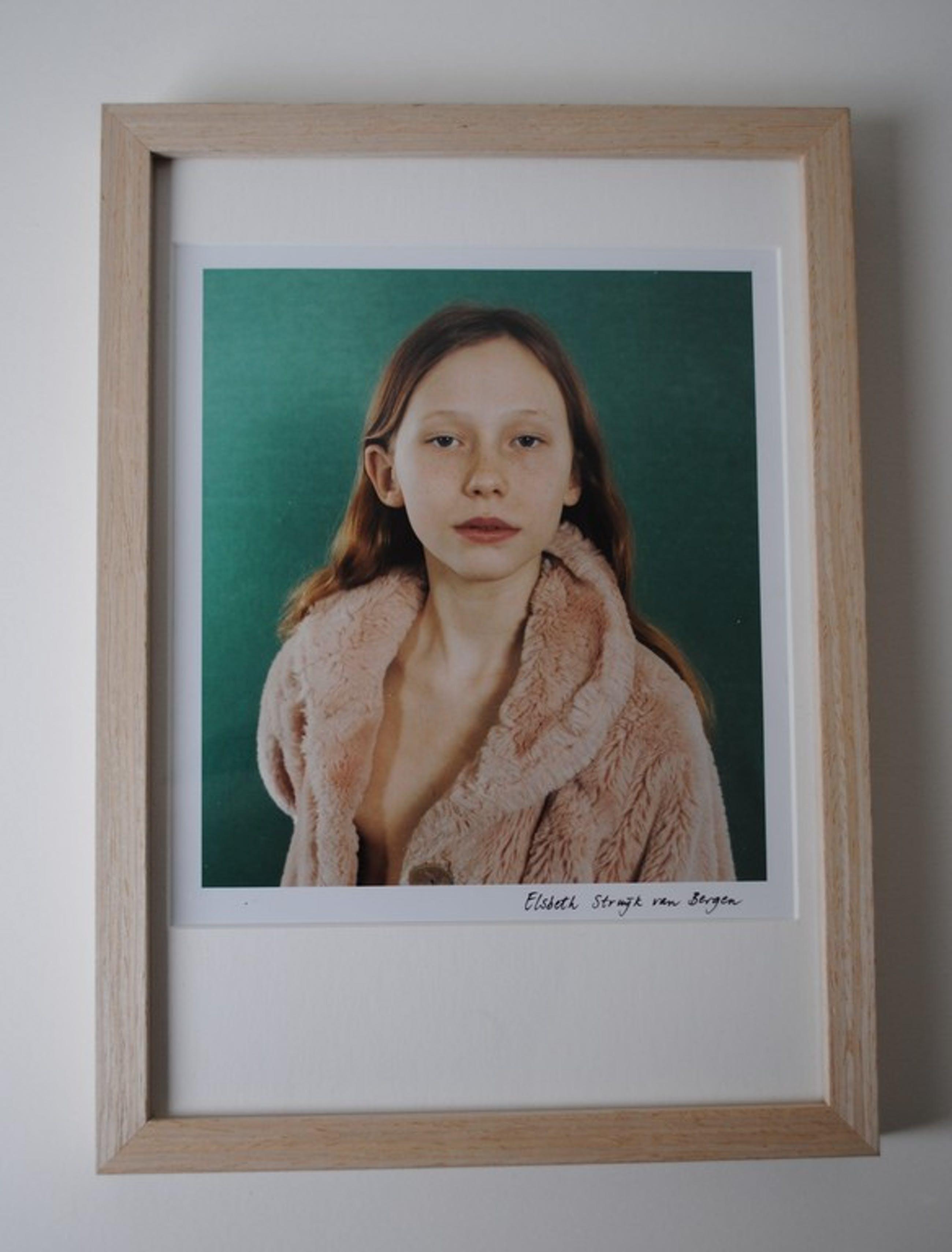 Elsbeth Struijk van Bergen - foto -  ingelijst kopen? Bied vanaf 65!