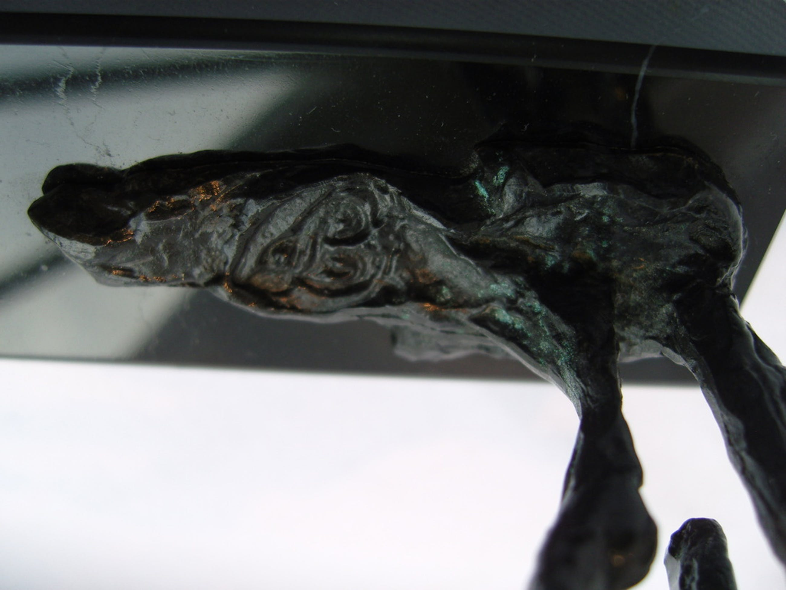 Onbekende kunstenaar: Zeer fraai gesigneerd bronzen beeldje. kopen? Bied vanaf 65!