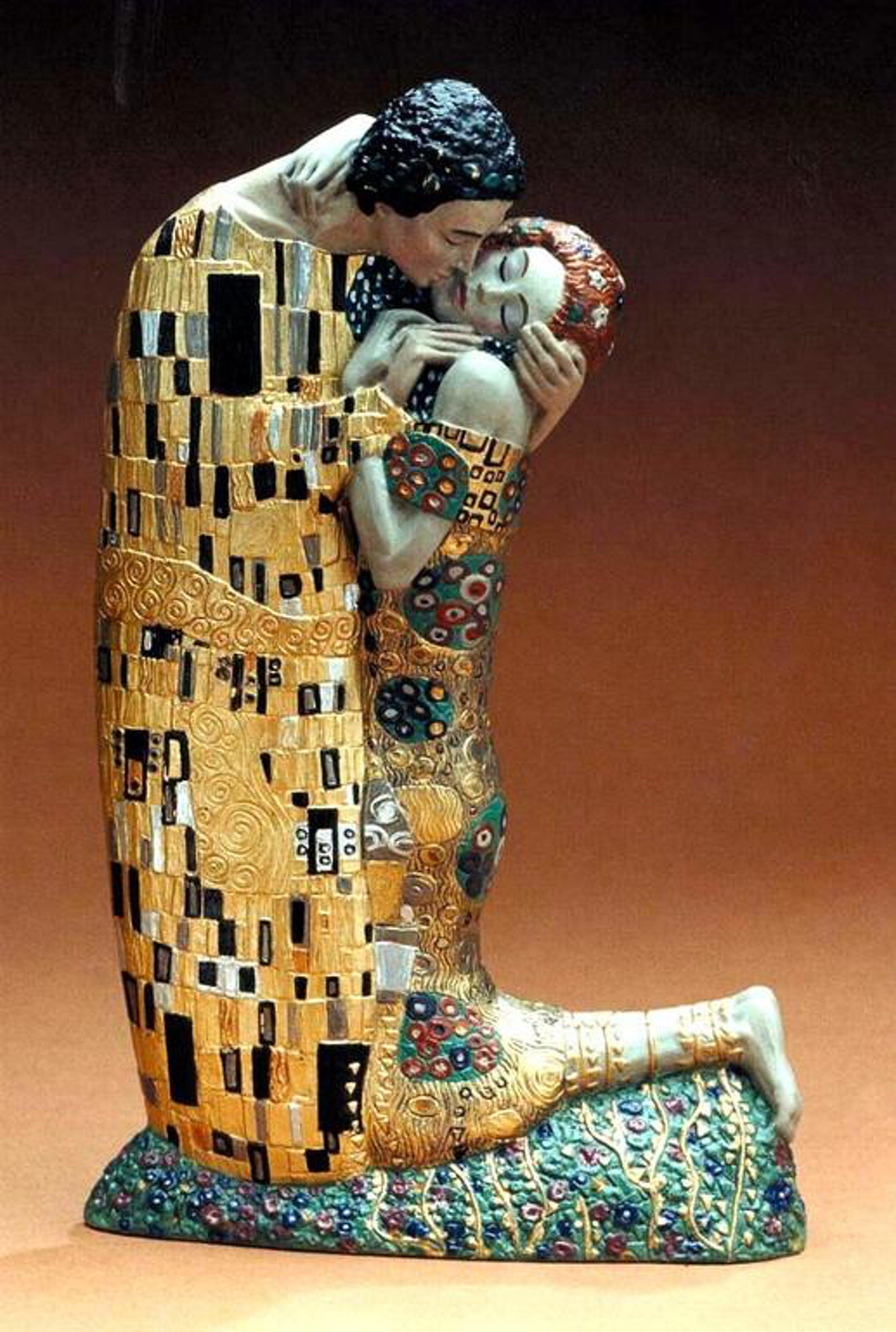 GUSTAV KLIMT, 3D-sculpture: The Kiss (De kus) kopen? Bied vanaf 55!