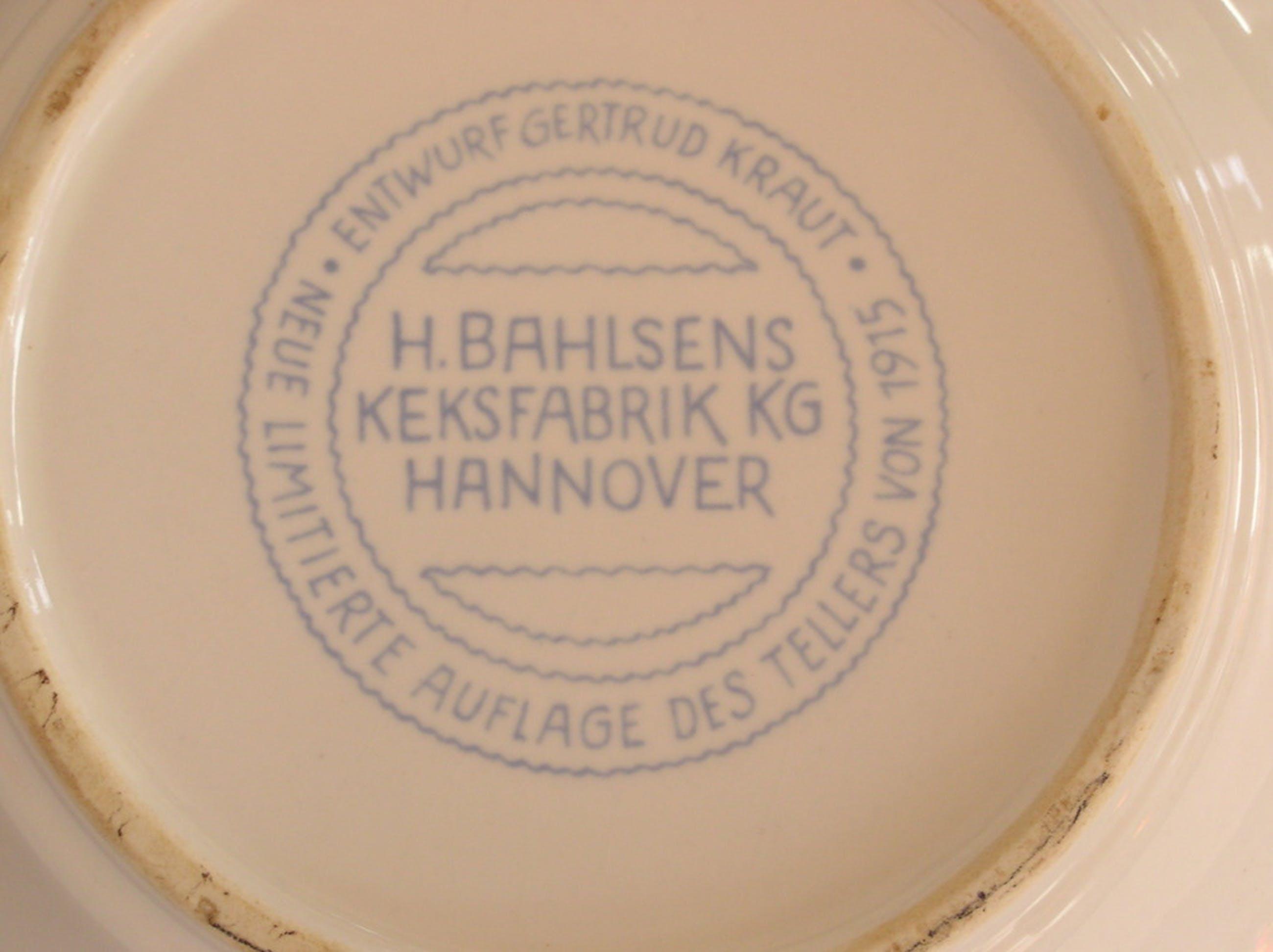 Ongespecificeerd - Gertrud Kraut, replica Jugendstil wandbord voor koekjesfabriek H. Bahlsen  kopen? Bied vanaf 1!