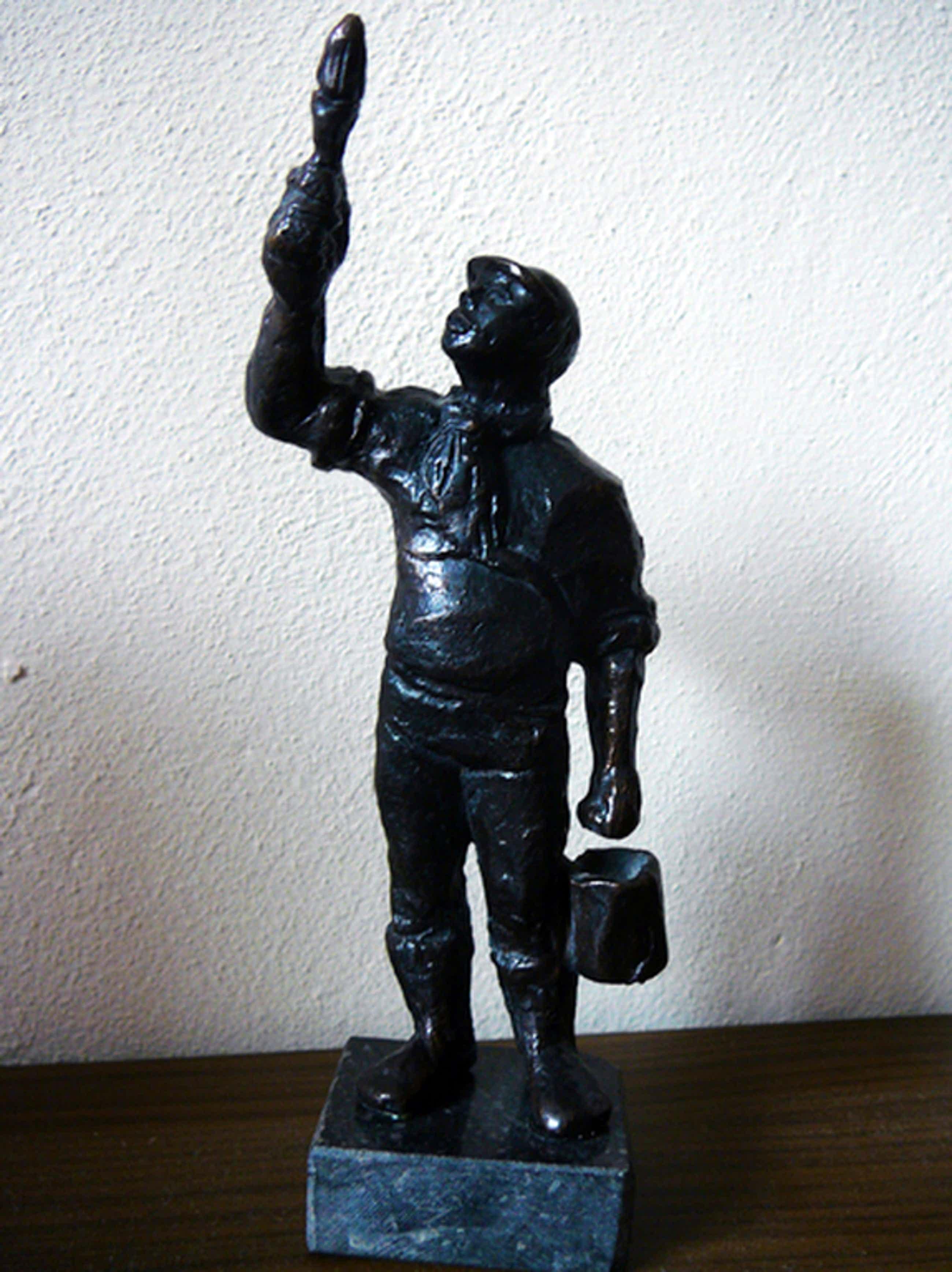 Marlies Noordkamp: 'De Schilder' -brons 2001- kopen? Bied vanaf 35!