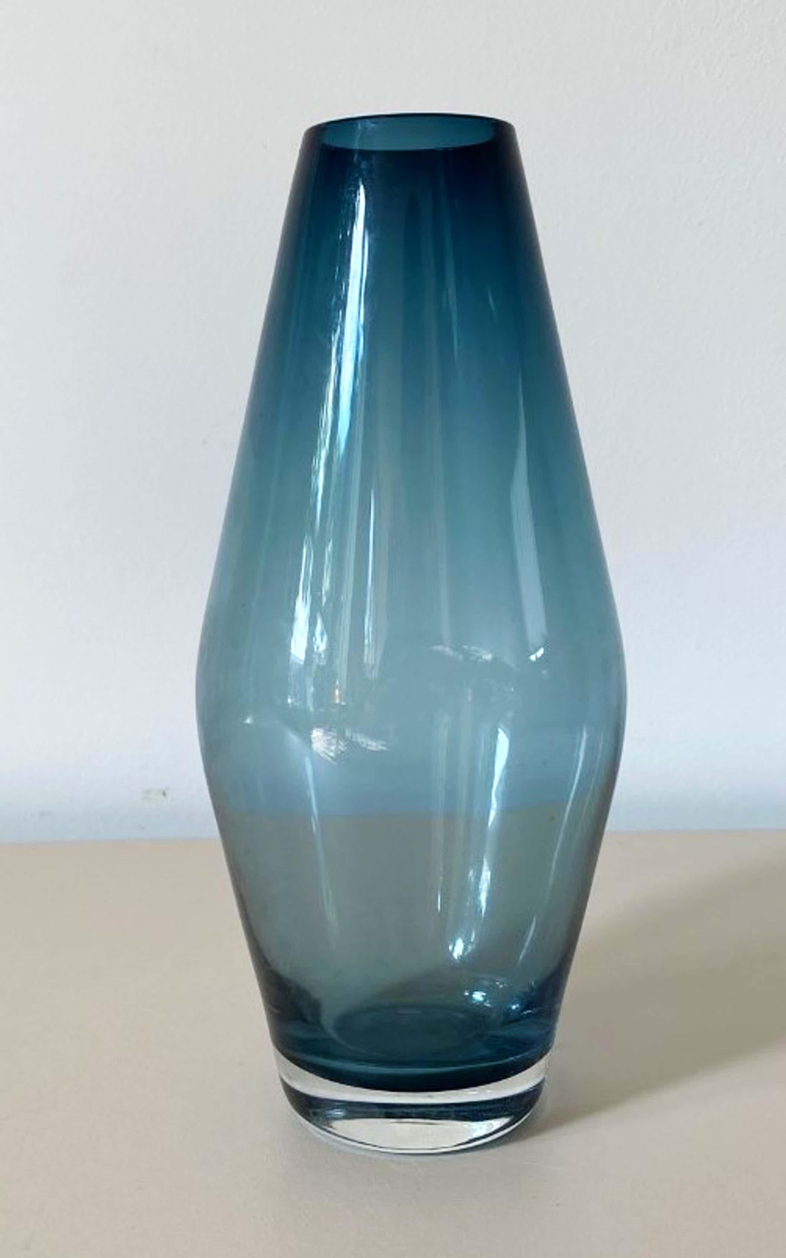 Tamara Aladin - Saffierblauwe glazenvaas - Riihimaki kopen? Bied vanaf 5!