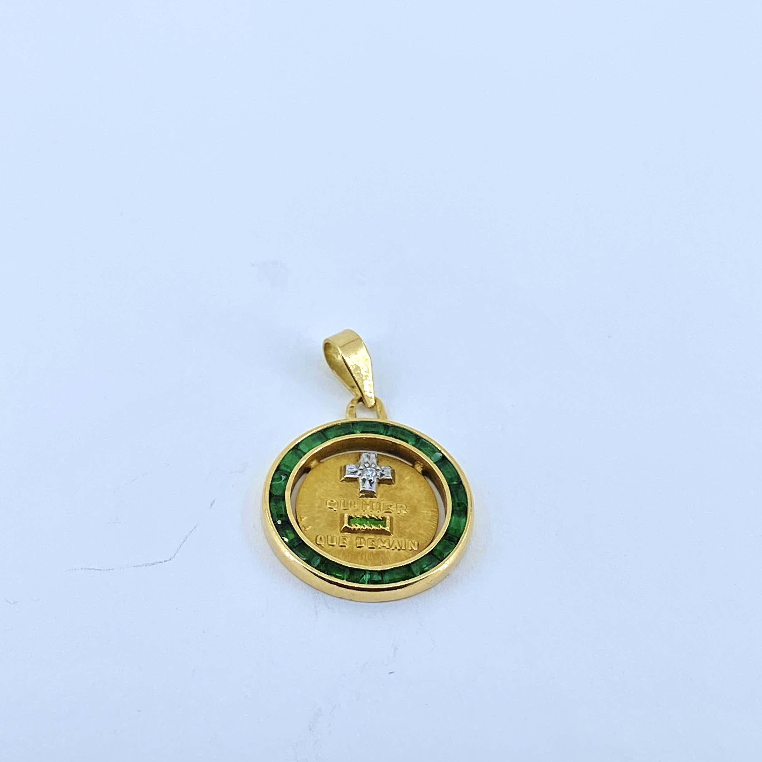 18kt gouden hanger met smaragd en diamant, 2,93 gr kopen? Bied vanaf 130!