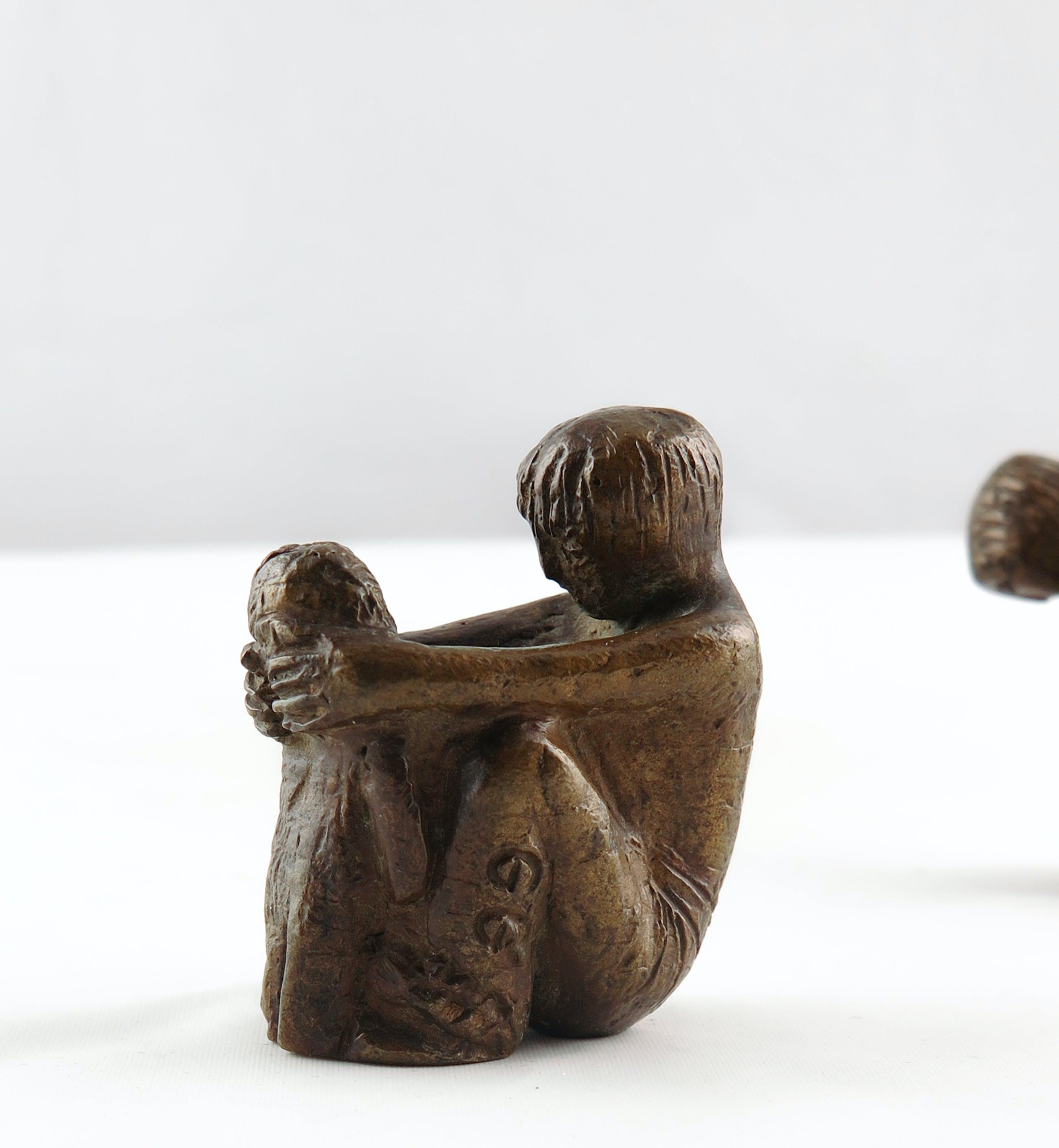 Brons (Onbekend) - Twee bronzen spelende kinderen kopen? Bied vanaf 1!