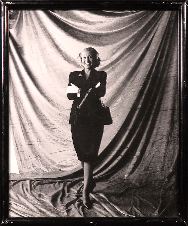 Paul Huf - Klassieke Foto, Josephine van Gasteren kopen? Bied vanaf 3!