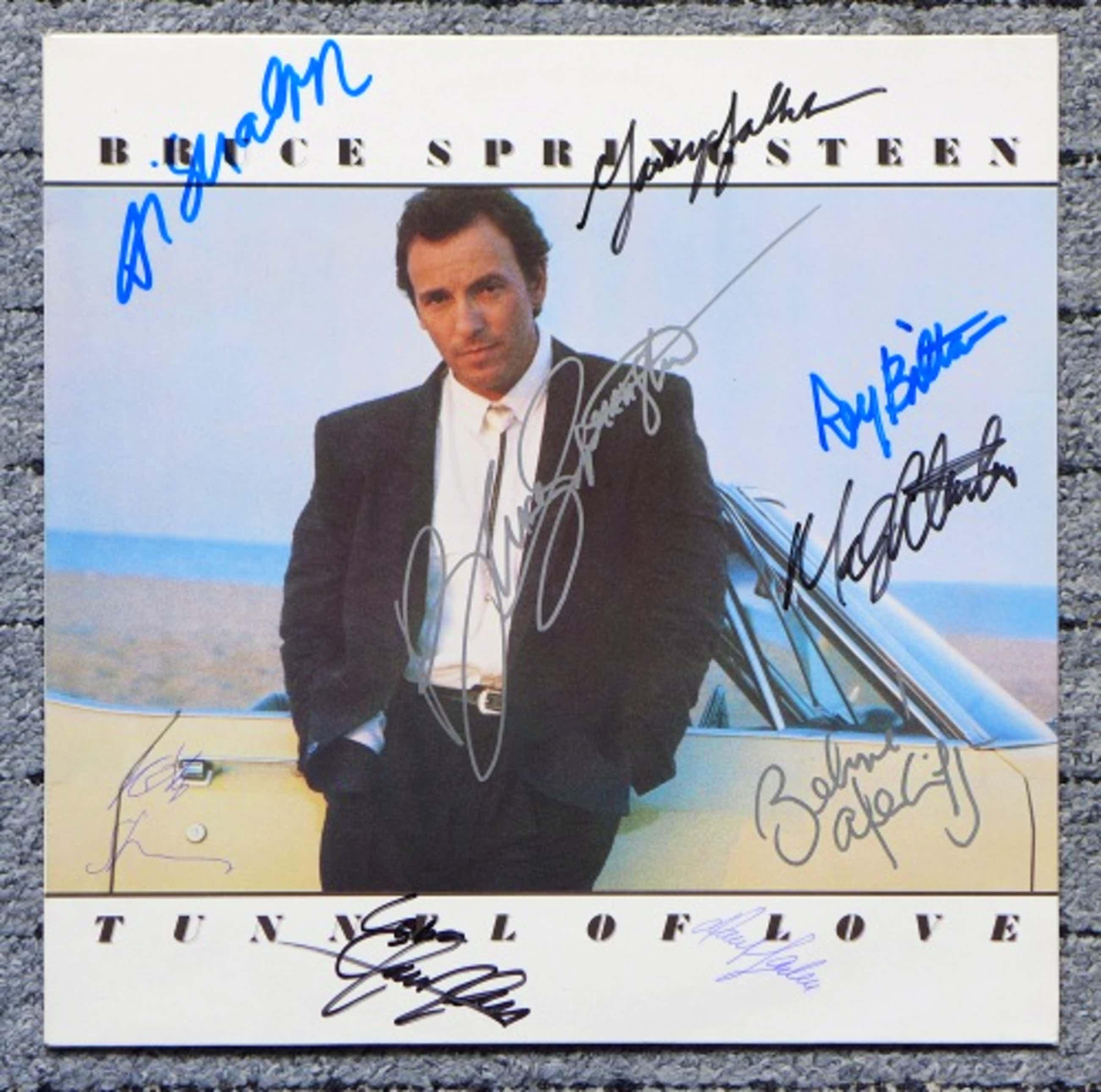 Bruce Springsteen - Tunnel Of Love, LP signiert von 8 Musikern der E Street Band kopen? Bied vanaf 299!