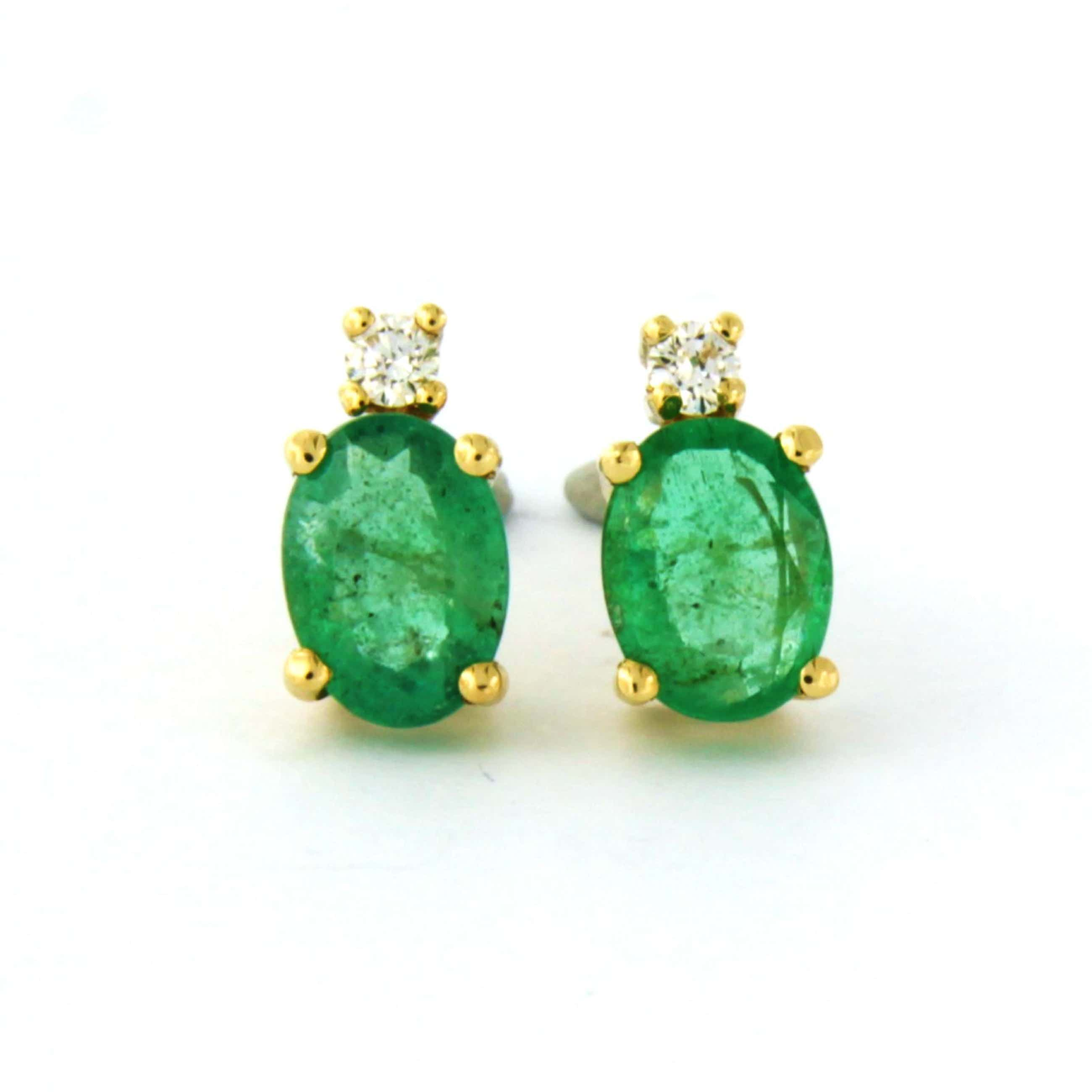18k geel gouden oorknoppen met smaragd tot. 1,46ct en briljant geslepen diamant kopen? Bied vanaf 500!
