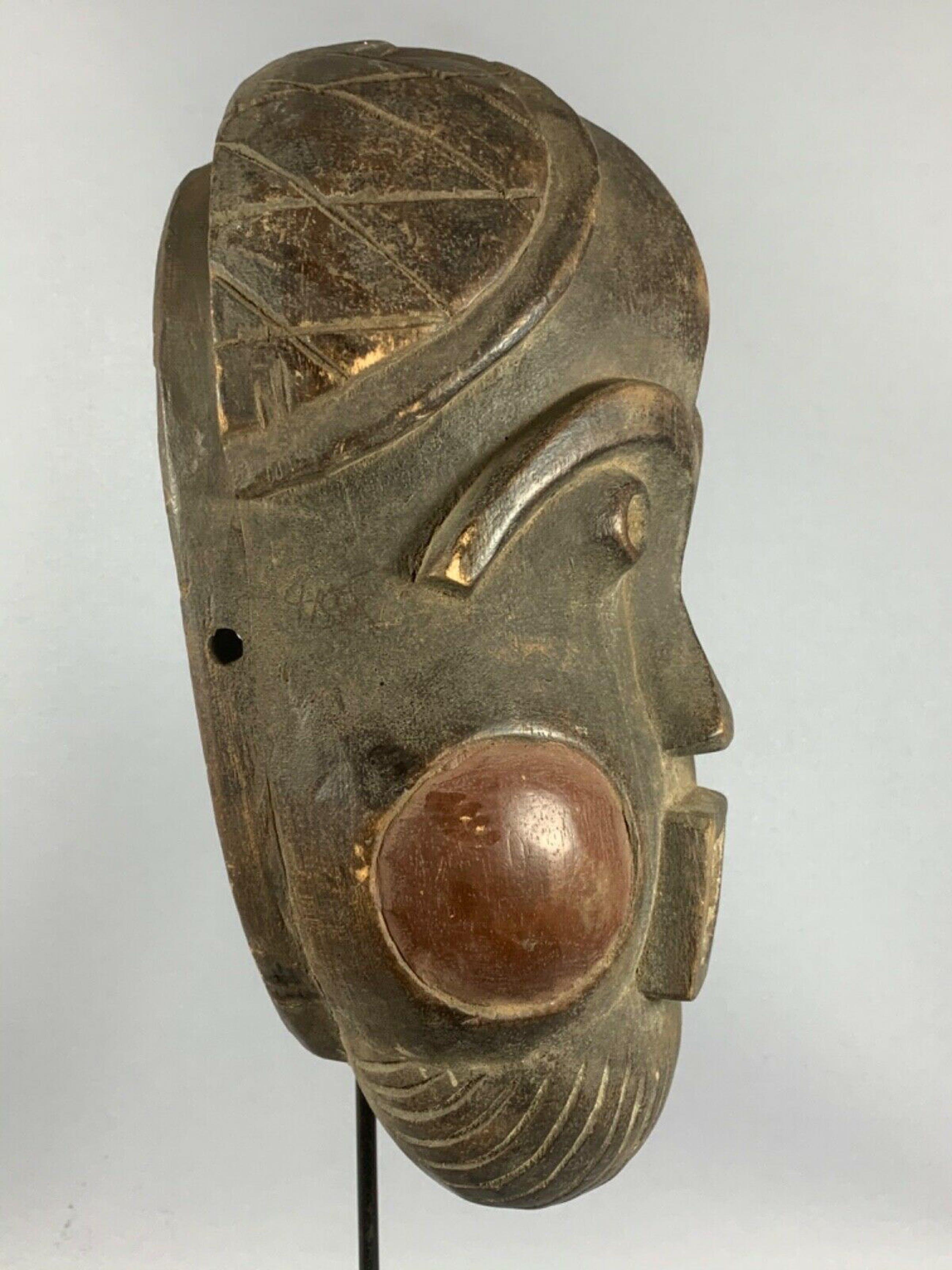 Mambila - 200375 - Rare & Old Tribal used African Mambila mask - Cameroon. kopen? Bied vanaf 45!