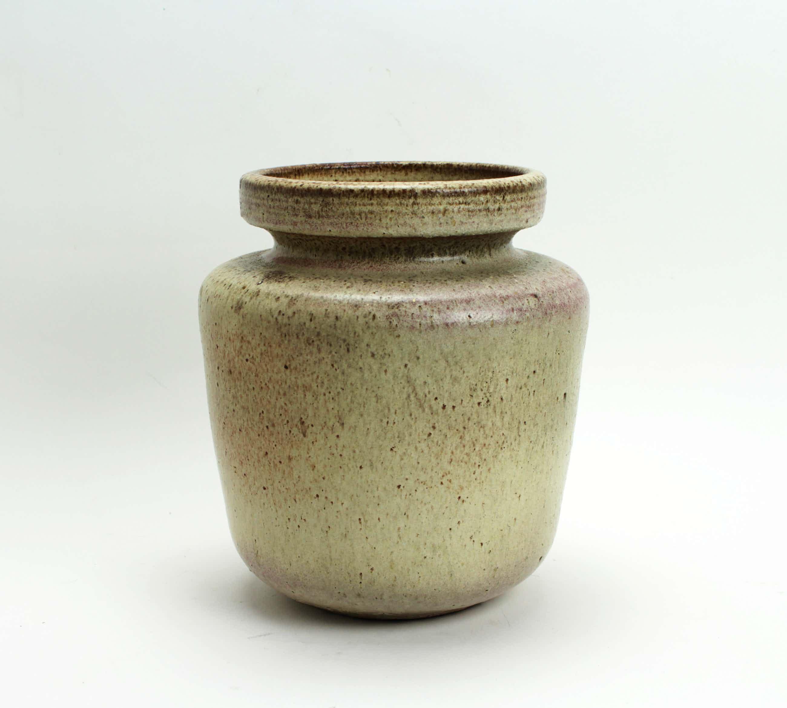 Potterij Zaalberg - grote aardewerk pot kopen? Bied vanaf 15!
