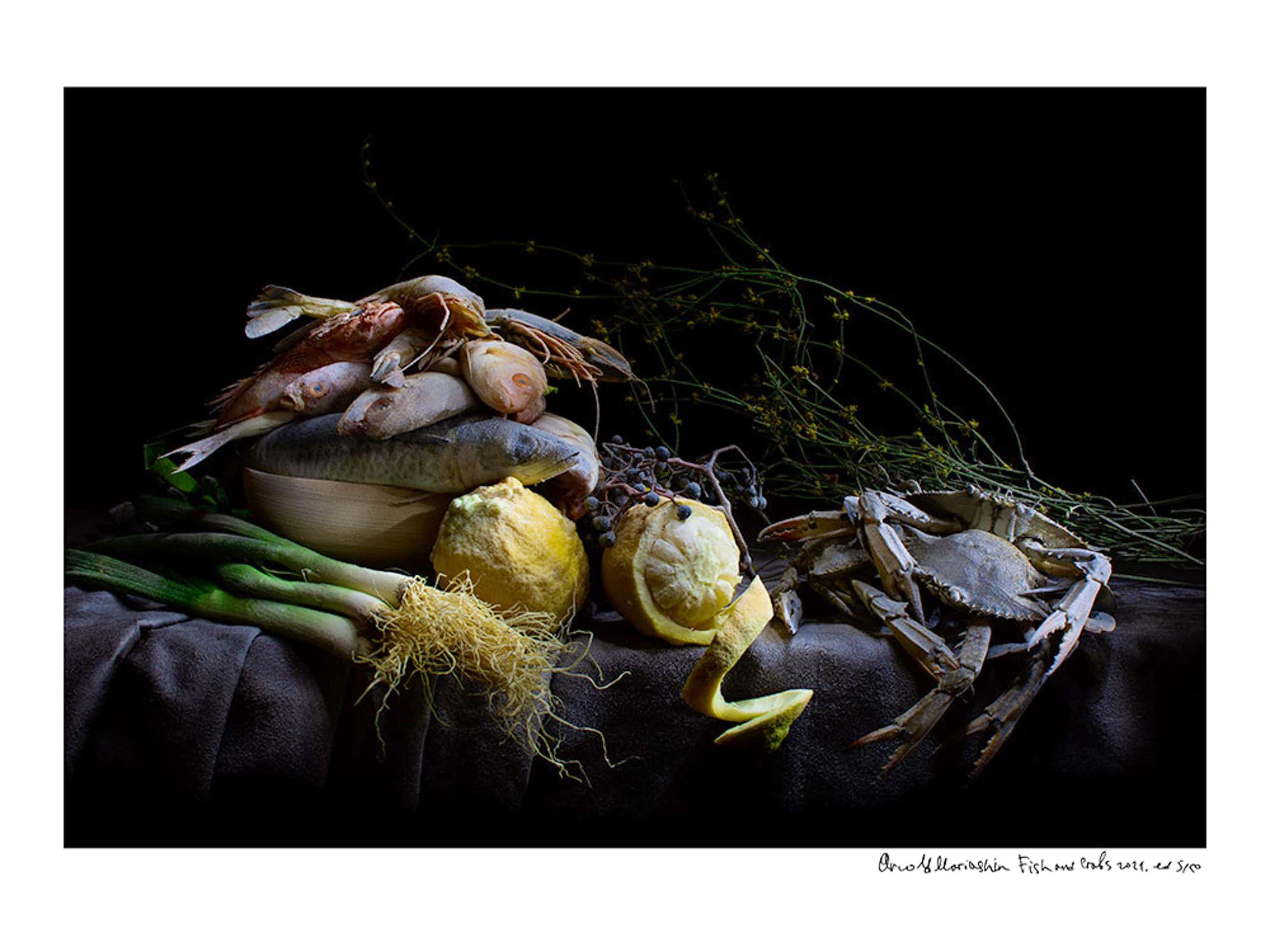 Arnold Mariashin - Fish and Crabs kopen? Bied vanaf 135!