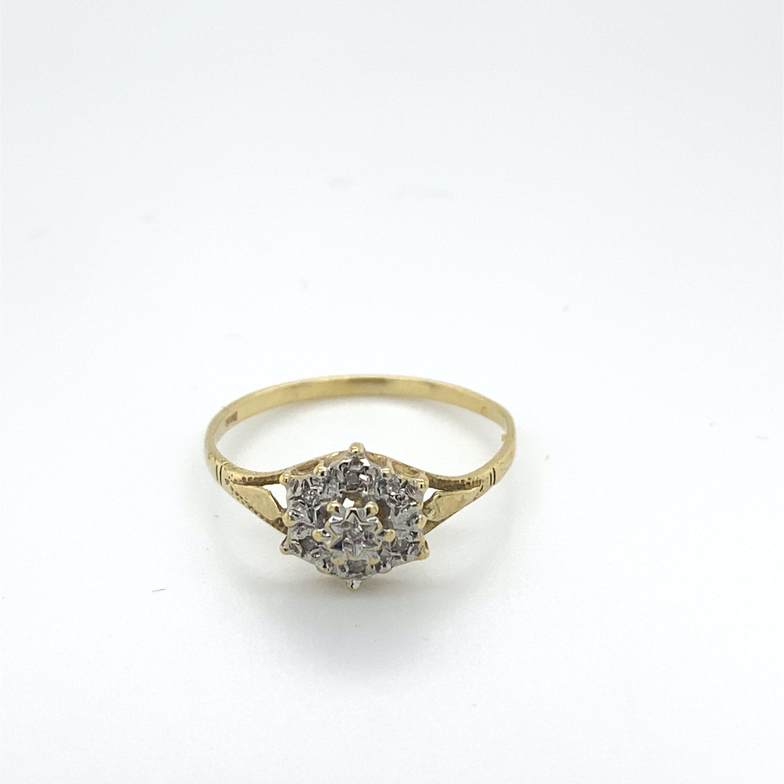 14kt gouden entouragering met diamant, maat 54/17. 1,71gr kopen? Bied vanaf 125!