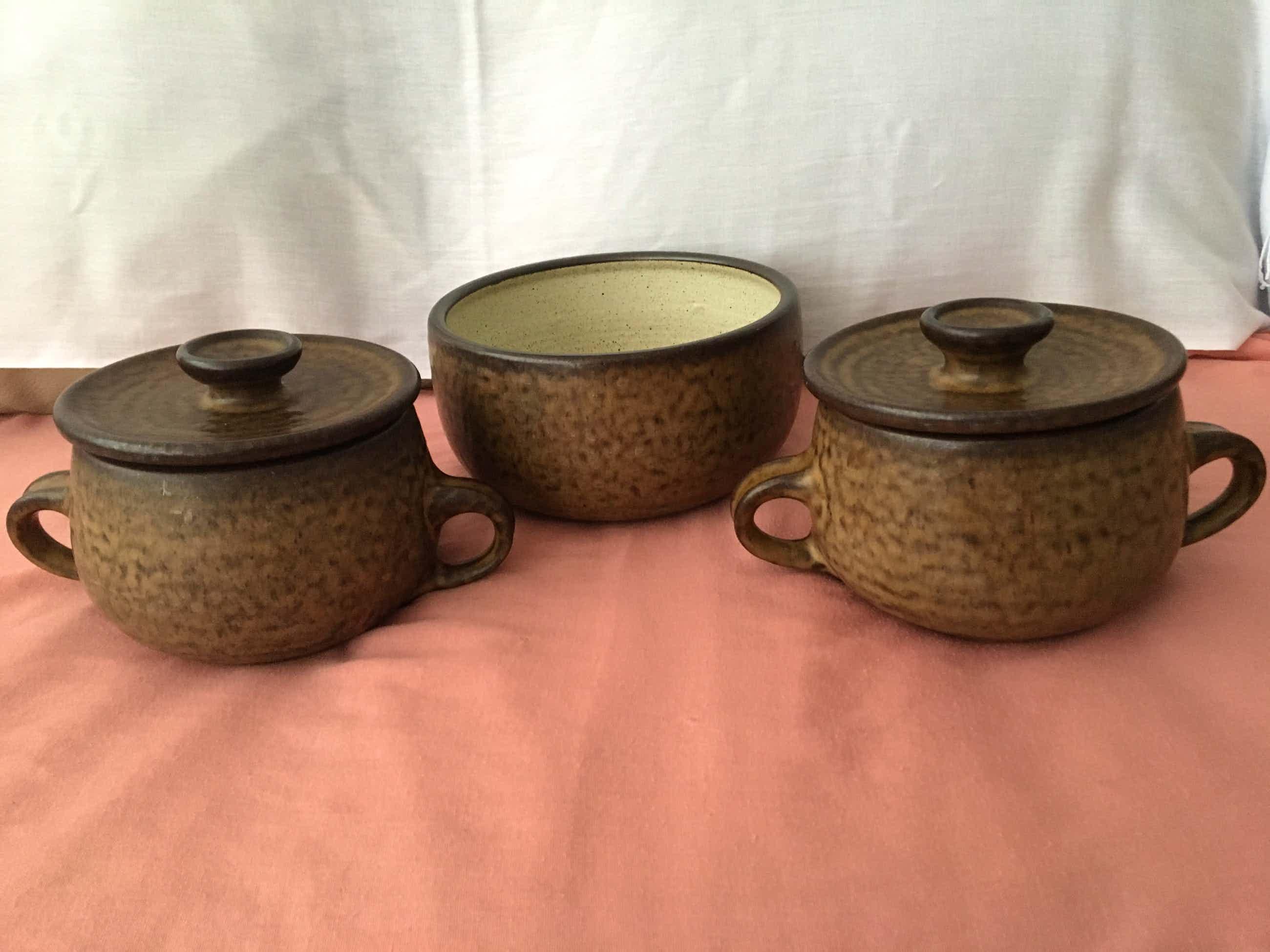 Potterij Zaalberg - Gelijke staan in Museum Boijmans! 3 delig keramiek set kopen? Bied vanaf 18!