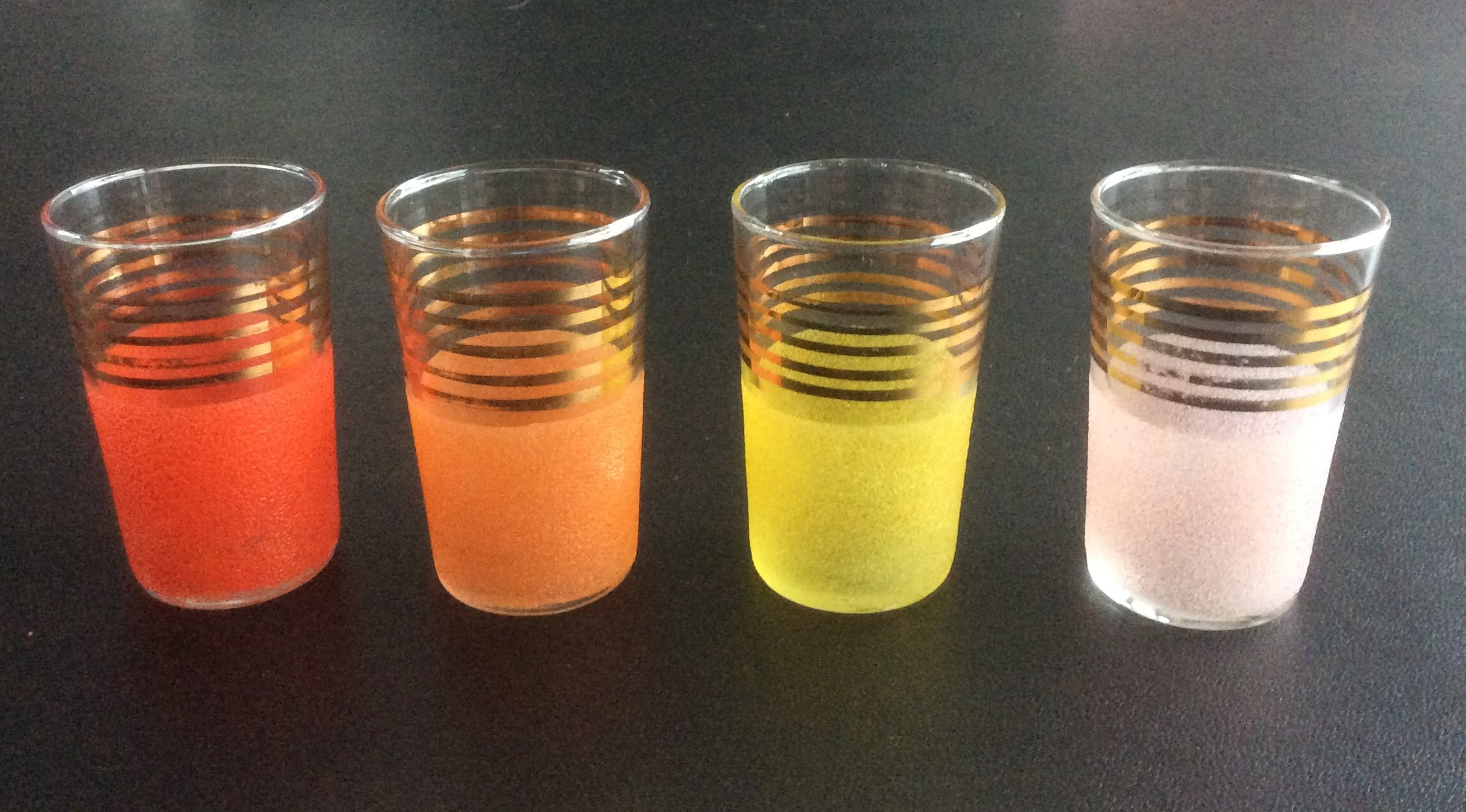 Paul Heller - Acht gesuikerde drinkglaasjes kopen? Bied vanaf 12!