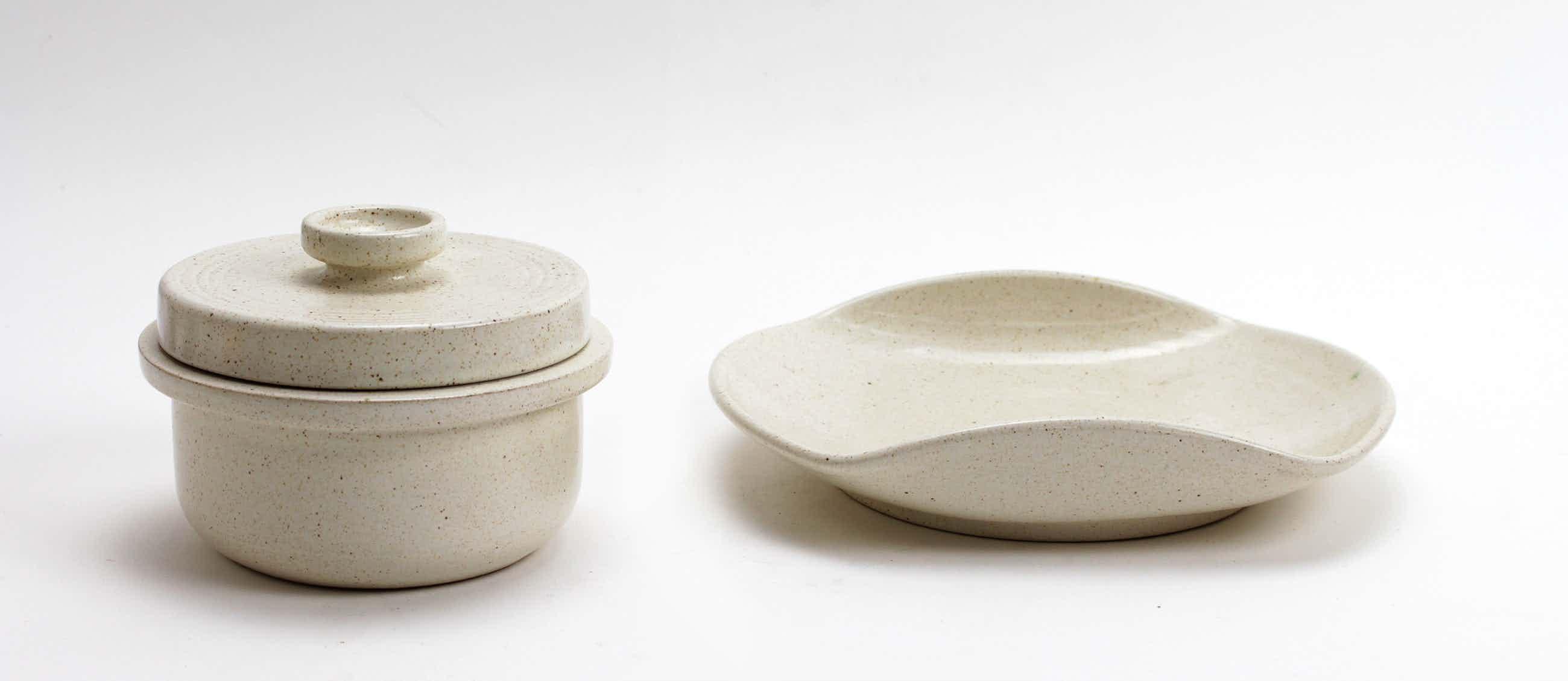 Potterij Zaalberg - aardewerk dekselpot en schaal kopen? Bied vanaf 10!