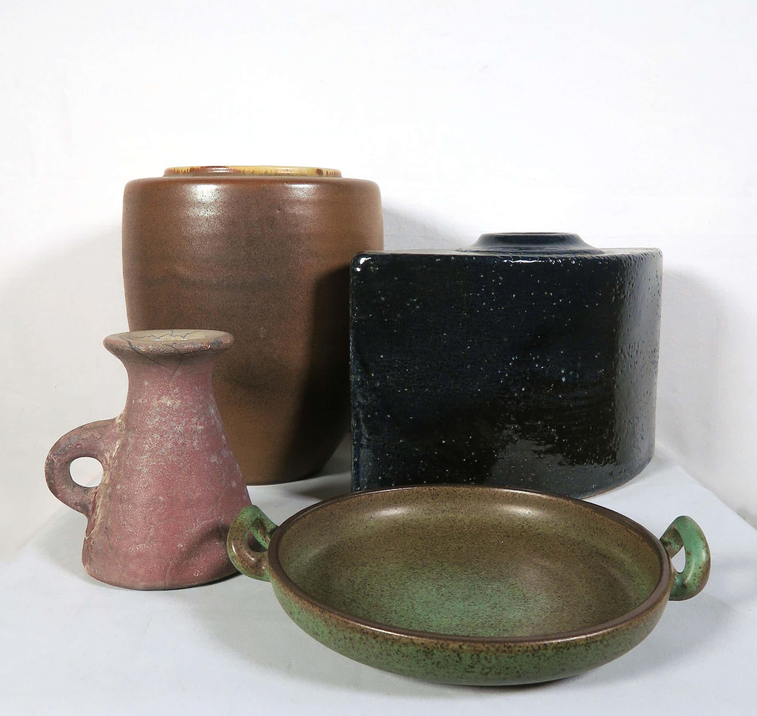Potterij Zaalberg - & Mobach Keramiek - Lot van vier keramieken objecten kopen? Bied vanaf 50!
