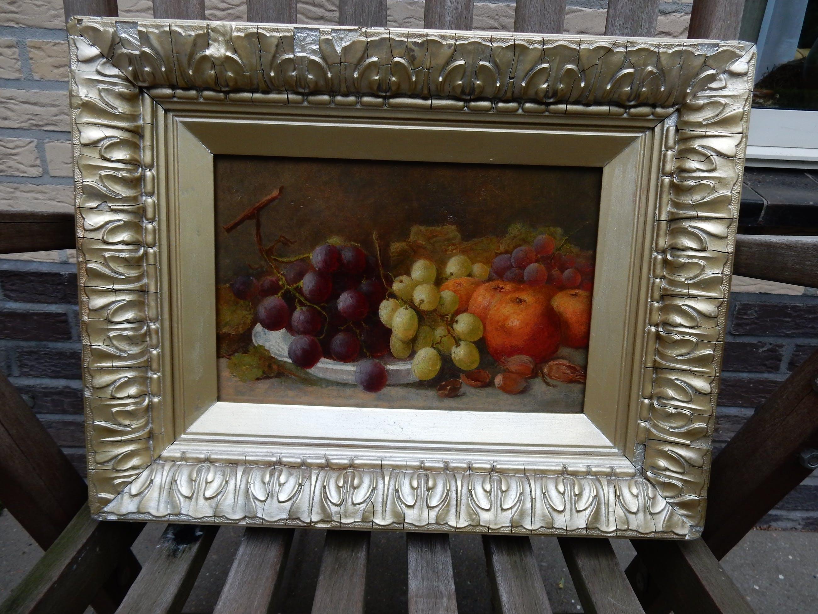Eloise Harriet Stannard - stilleven met fruit / druiven / rood en wit / appels kopen? Bied vanaf 125!