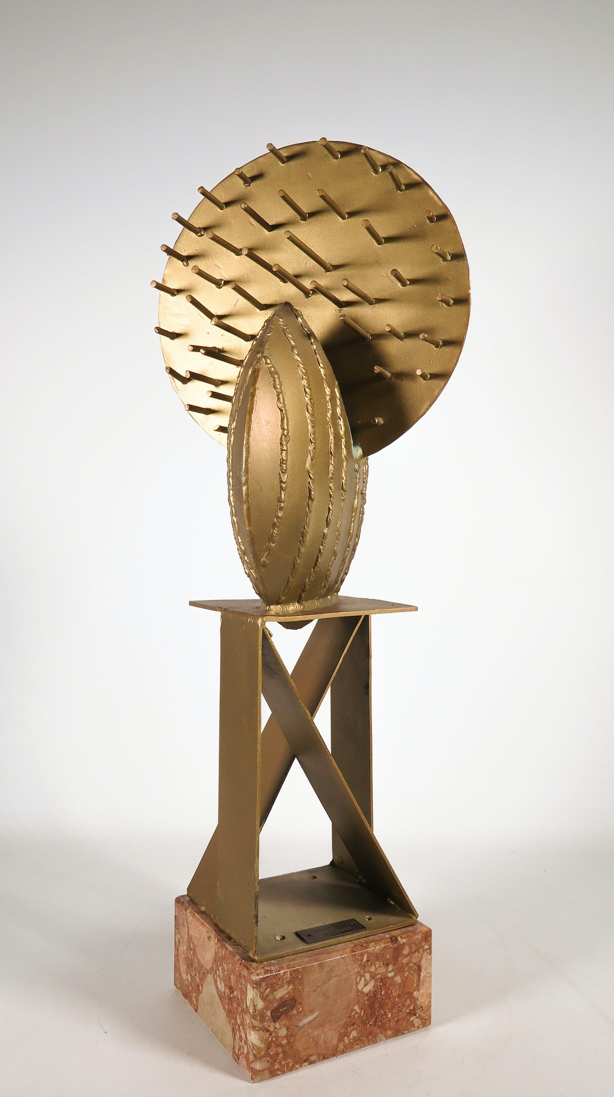 Begga D'Haese - Gecoat ijzeren sculptuur kopen? Bied vanaf 300!