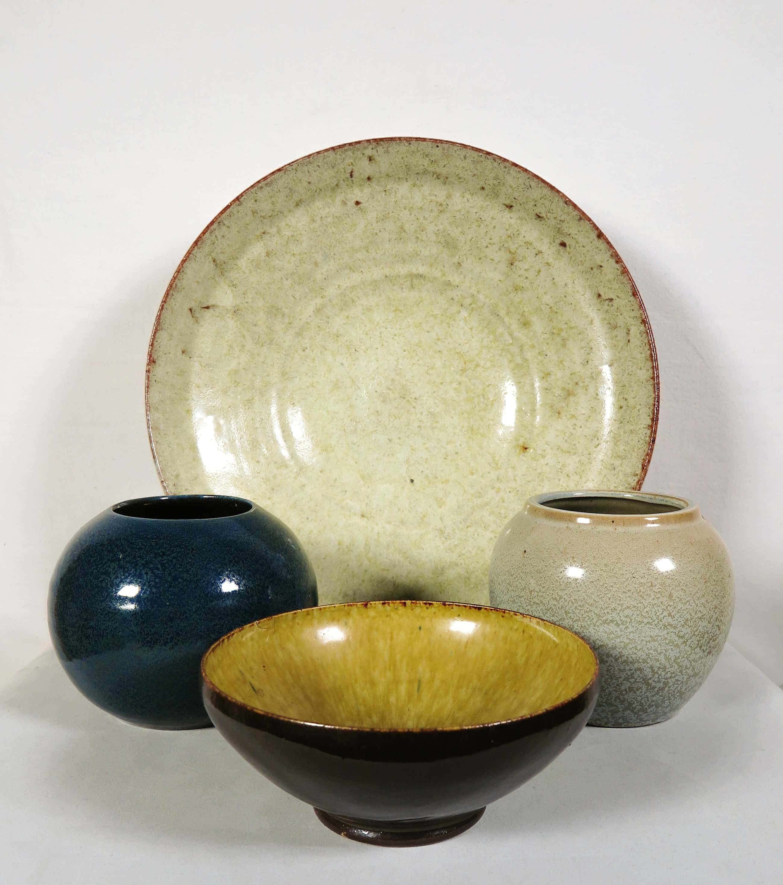 Gerrit de Blanken - & Potterij Zaalberg - Lot van vier keramieken objecten kopen? Bied vanaf 50!