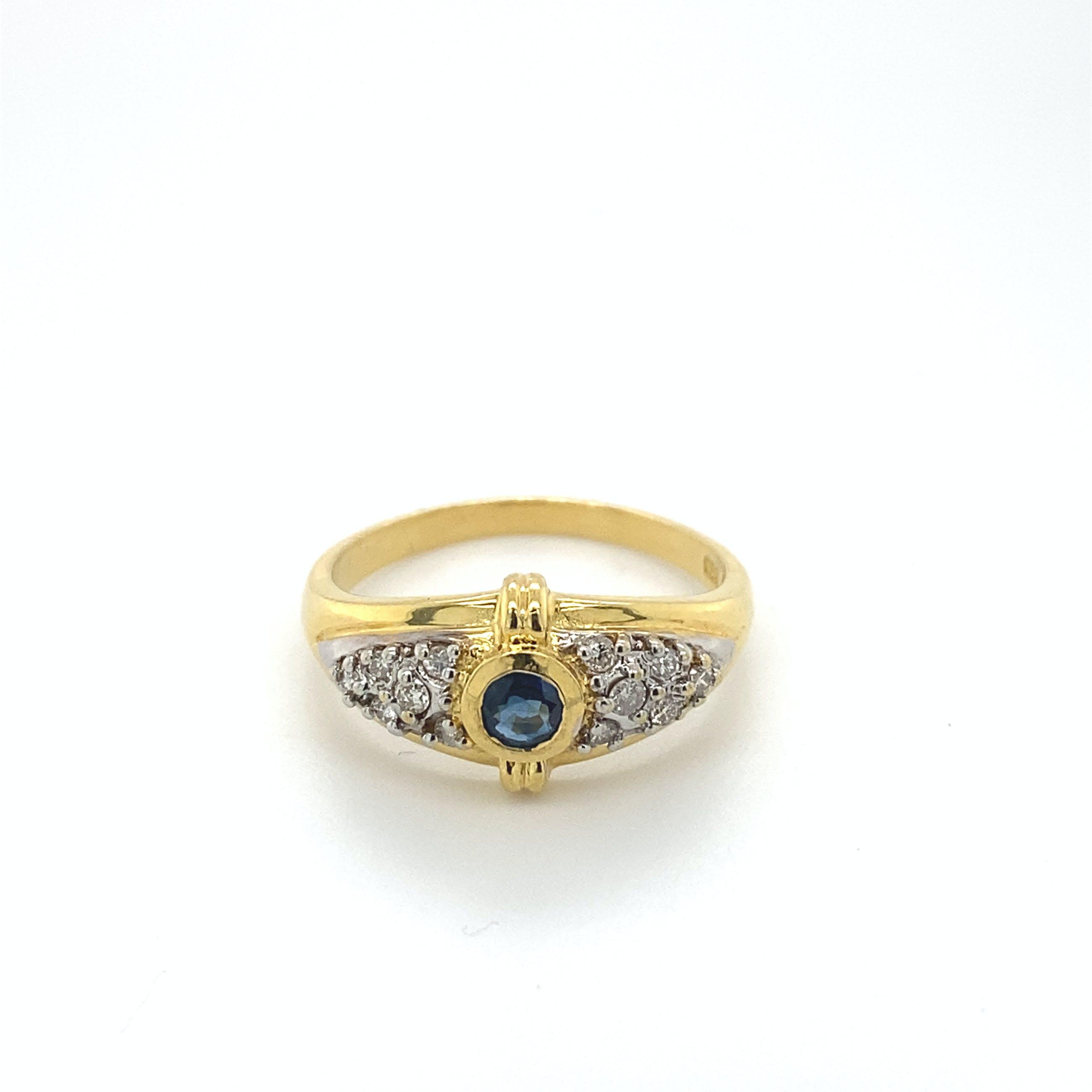18kt gouden ring met saffier en diamant, maat 51/17, 4,02gr kopen? Bied vanaf 270!