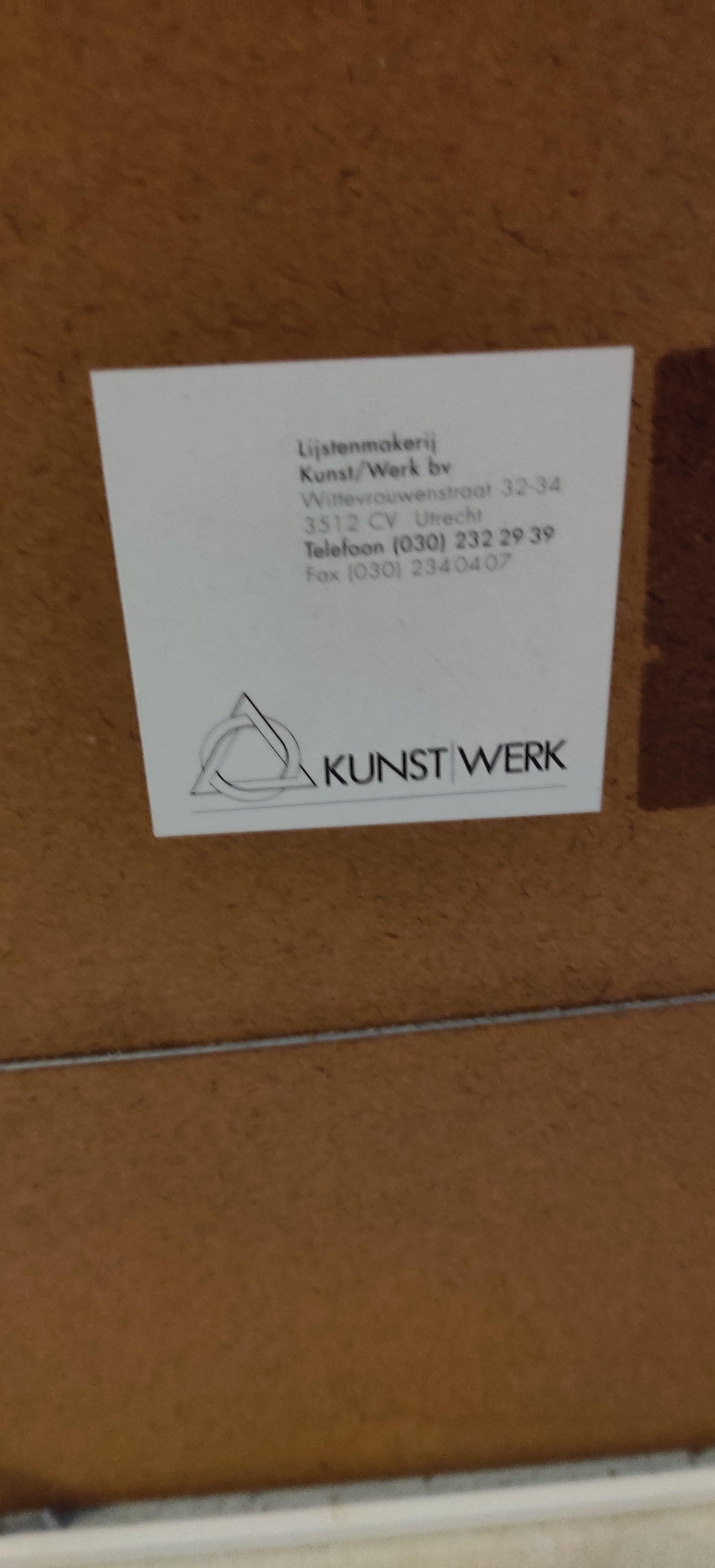 Fenneke van der Elst - Fenneke van der Elst: Zeefdruk, Tafeltje met groen kleed en schaal - Ingelijst kopen? Bied vanaf 5!
