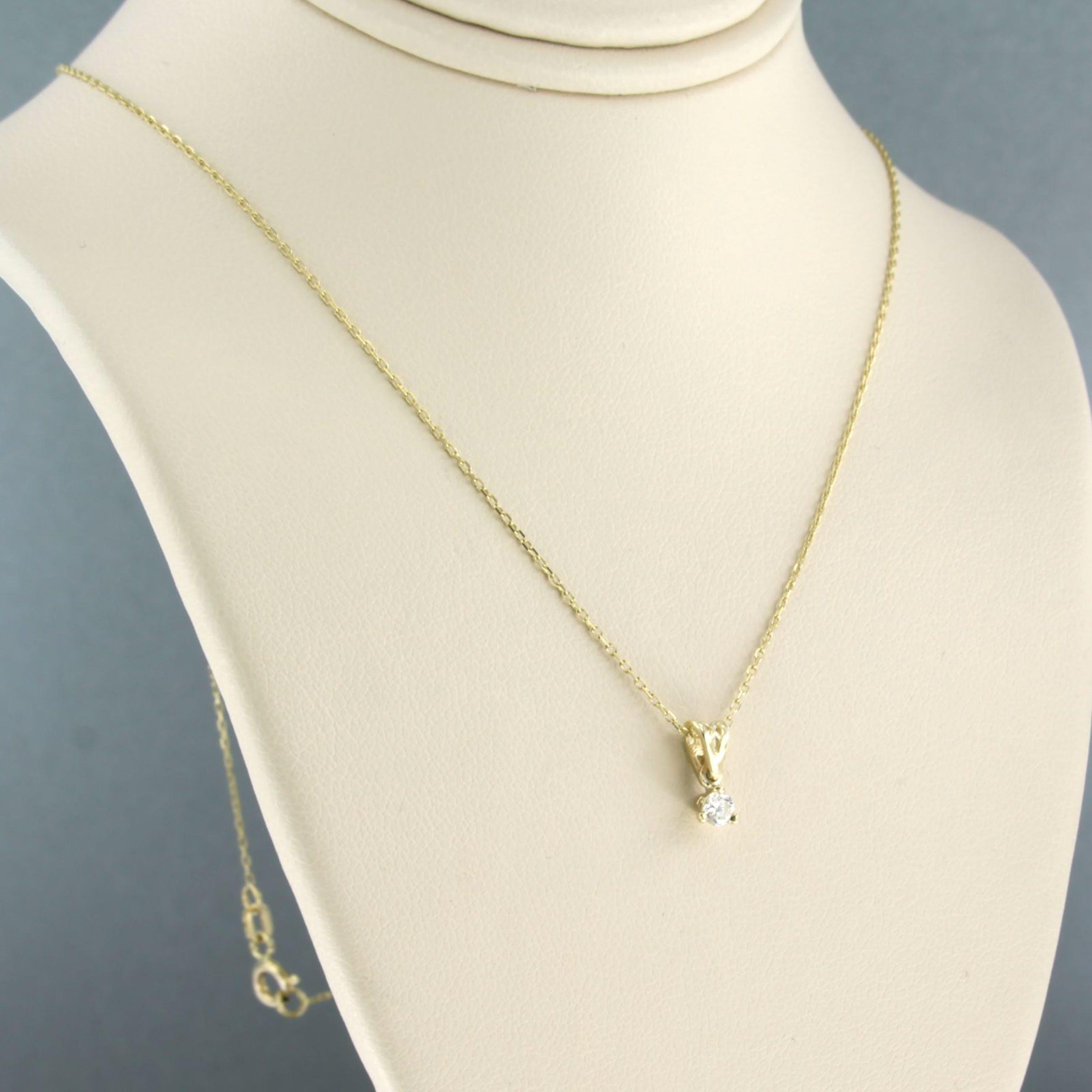 14k collier met solitair hanger bezet met briljant geslepen diamant 0,10ct kopen? Bied vanaf 160!