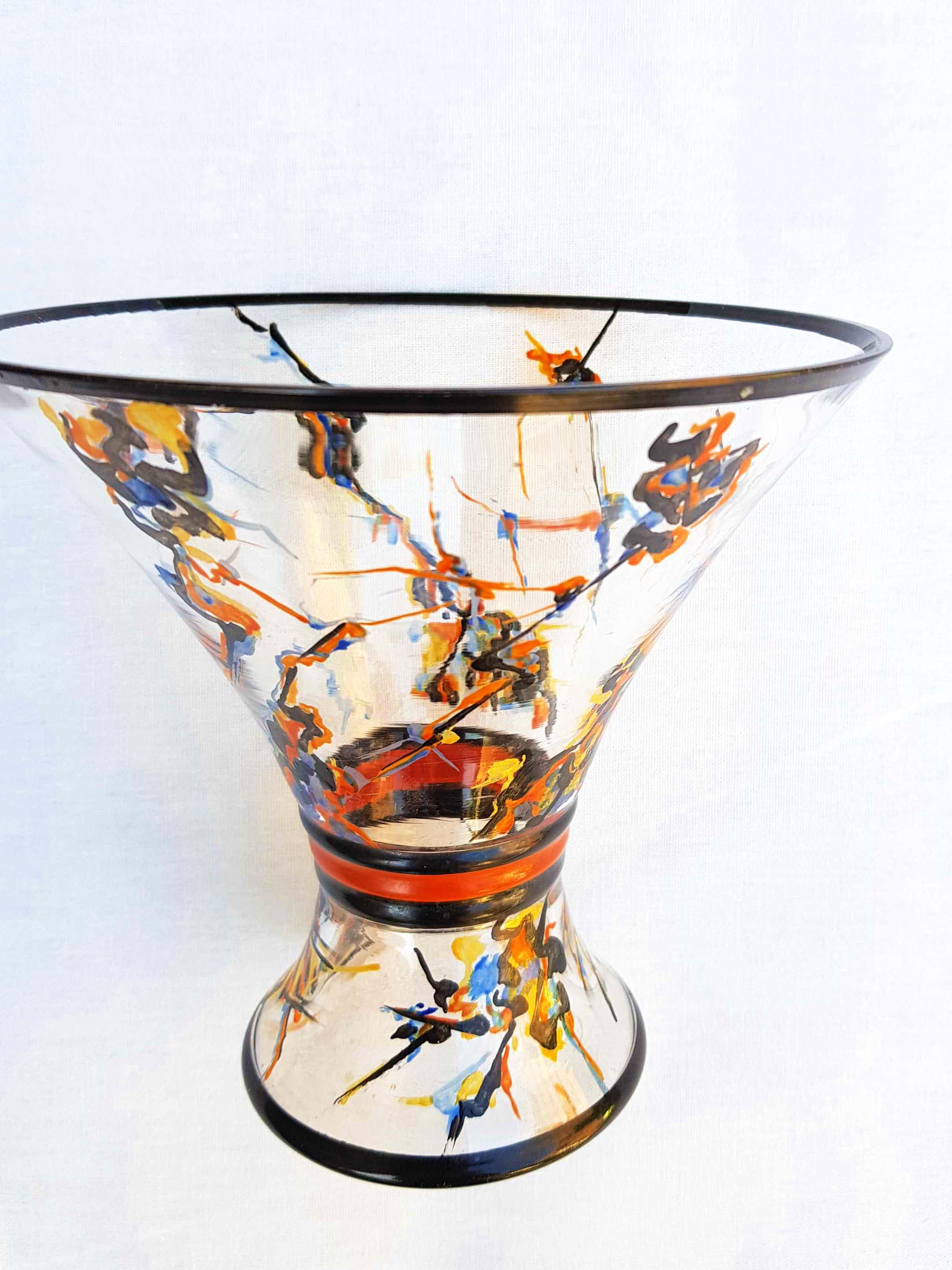 A.J. van Kooten - Diabolo vaas glas met aan buitenkant handgeschilderd emaille-verf Art Deco kopen? Bied vanaf 208!