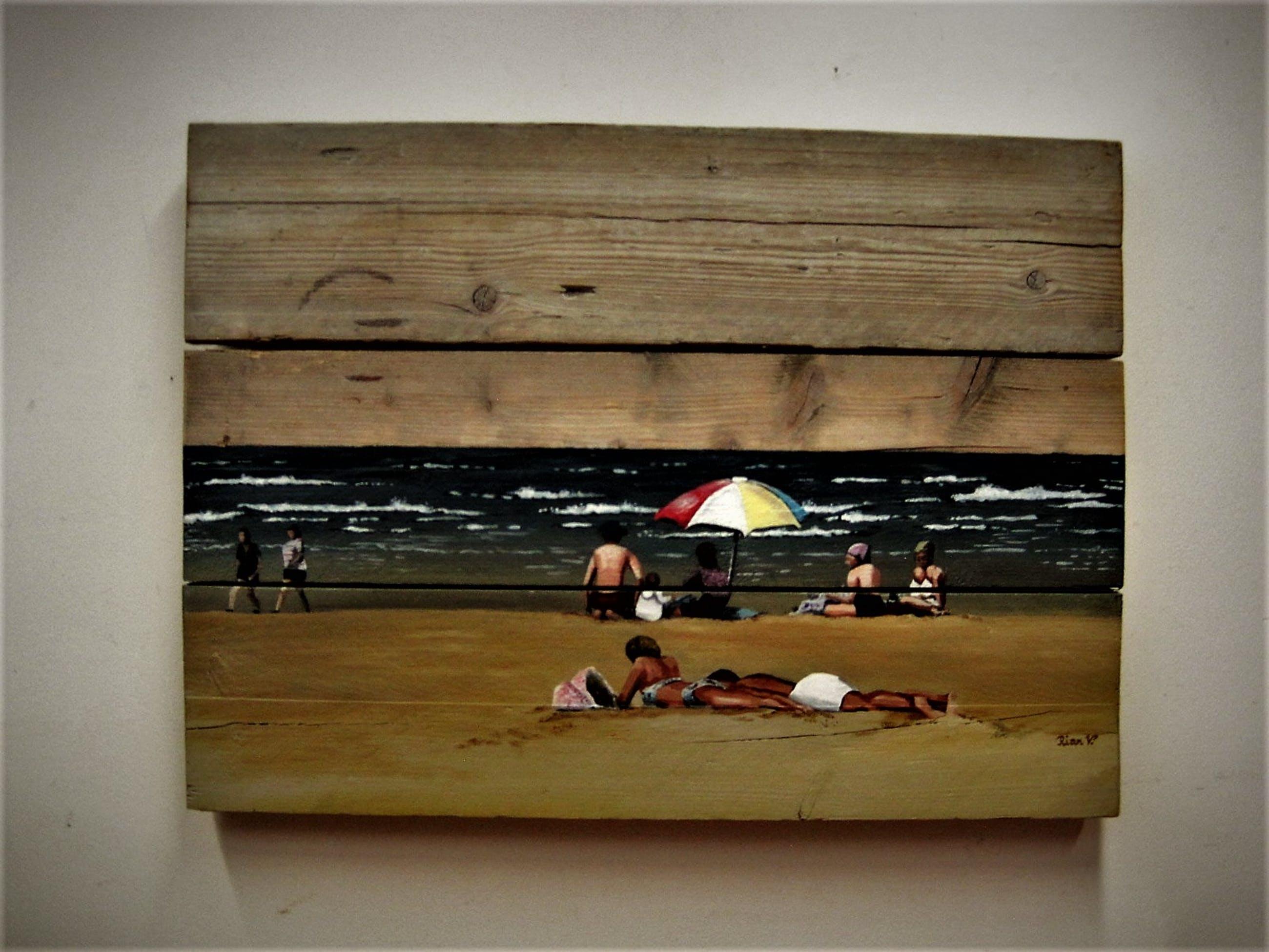 """Niet of onleesbaar gesigneerd - Bijzondere op steigerhout geschilderde voorstelling """"Zonnigge stranddag"""" gesign. kopen? Bied vanaf 10!"""