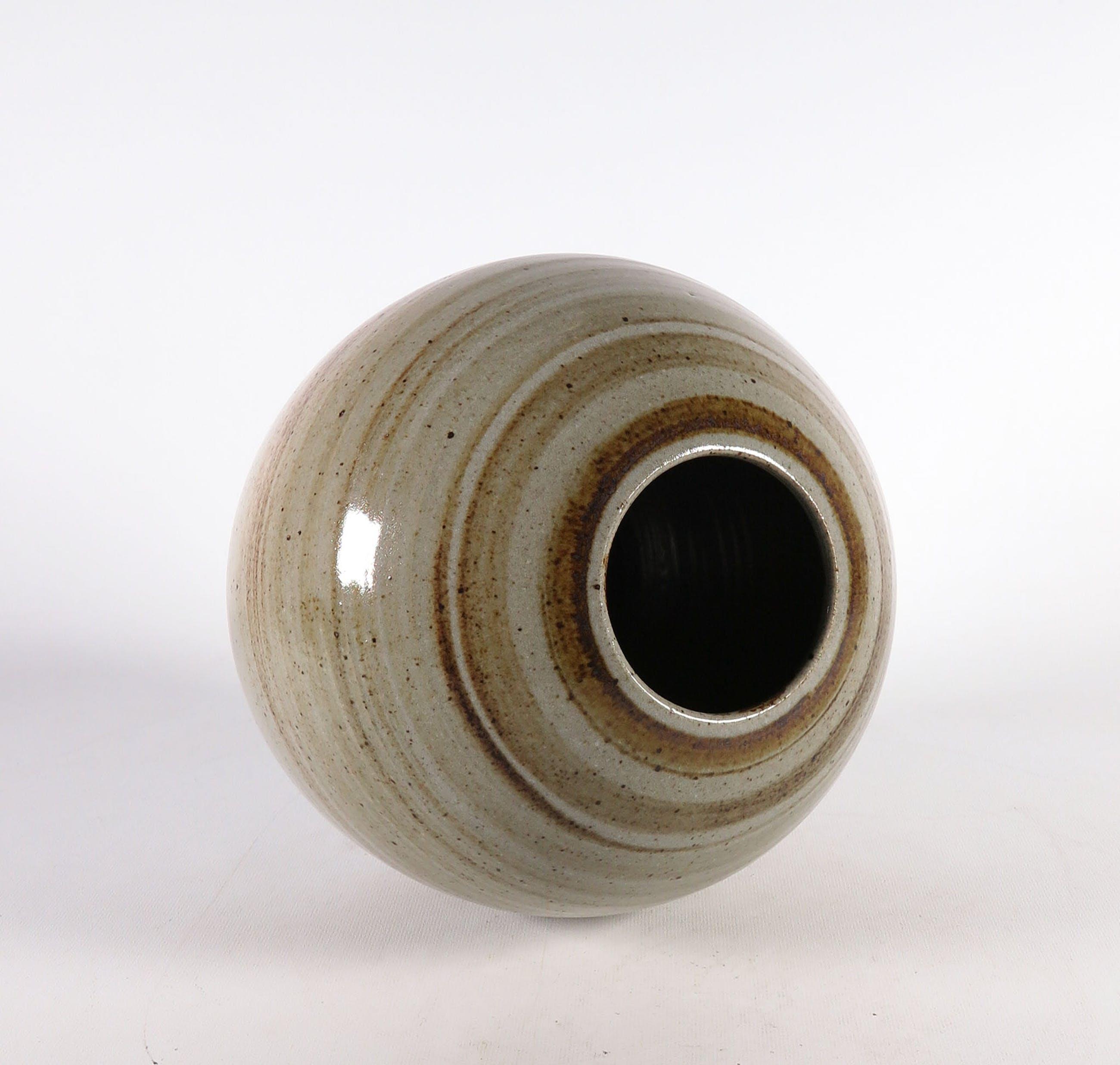 Potterij Zaalberg - Steengoed, Bolle vaas kopen? Bied vanaf 1!