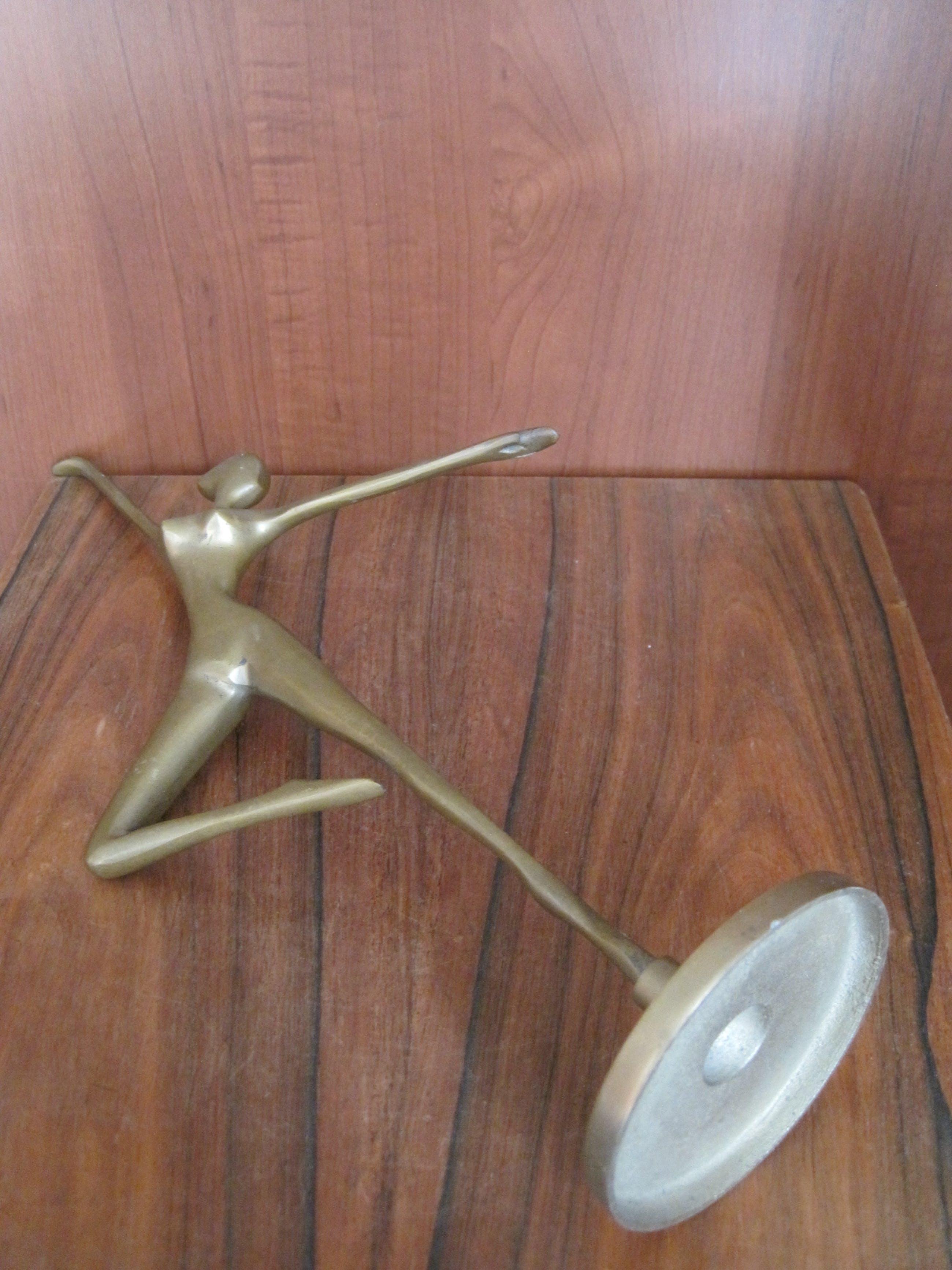 Brons (Onbekend) - Ballet danseres kopen? Bied vanaf 40!