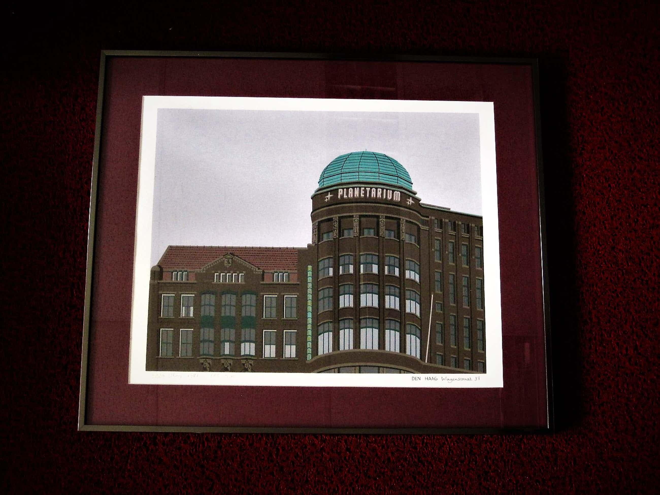 Sees Vlag - Fraaie Zeefdruk 's Gravenhage Planetarium Haagse Courant gebouw - gesigneerd kopen? Bied vanaf 60!
