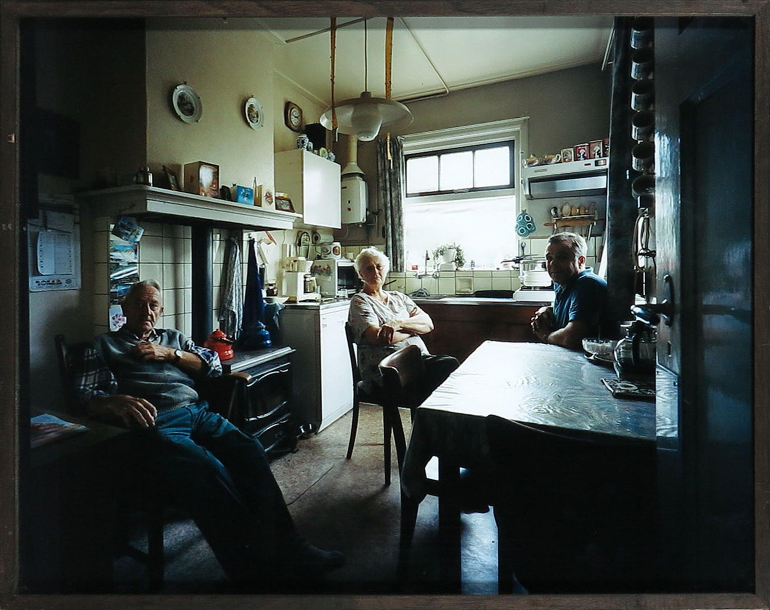 Bert Teunissen - C-Print, Europeans at Home, Nederland - Ingelijst kopen? Bied vanaf 1!
