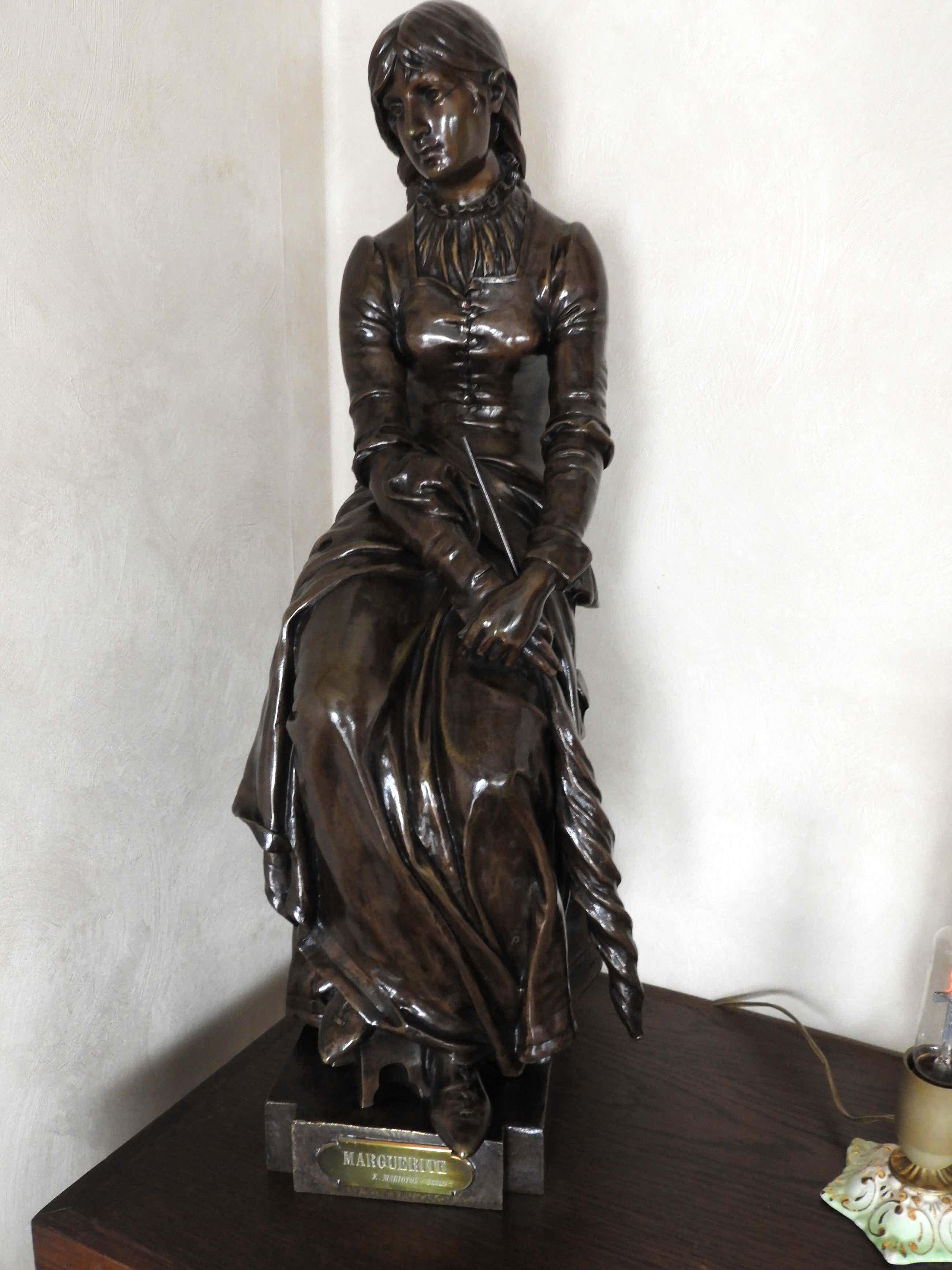 """Eugène Marioton - bronzen beeld """" Marquerite """" kopen? Bied vanaf 1850!"""