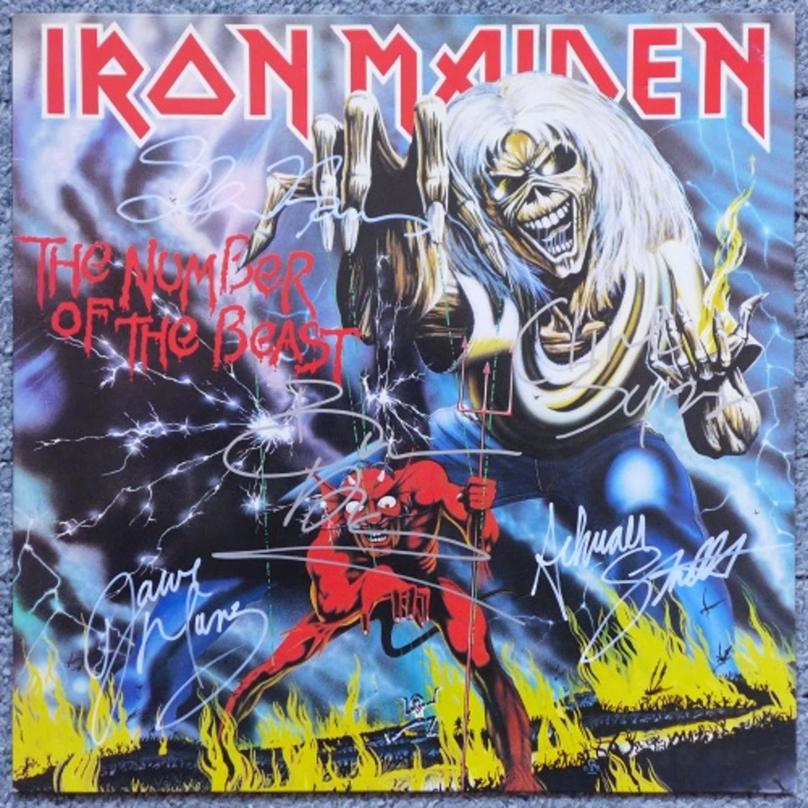 Iron Maiden - The Number Of The Beast, LP signiert: Dickinson, Murray, Smith, Harris, Burr kopen? Bied vanaf 99!