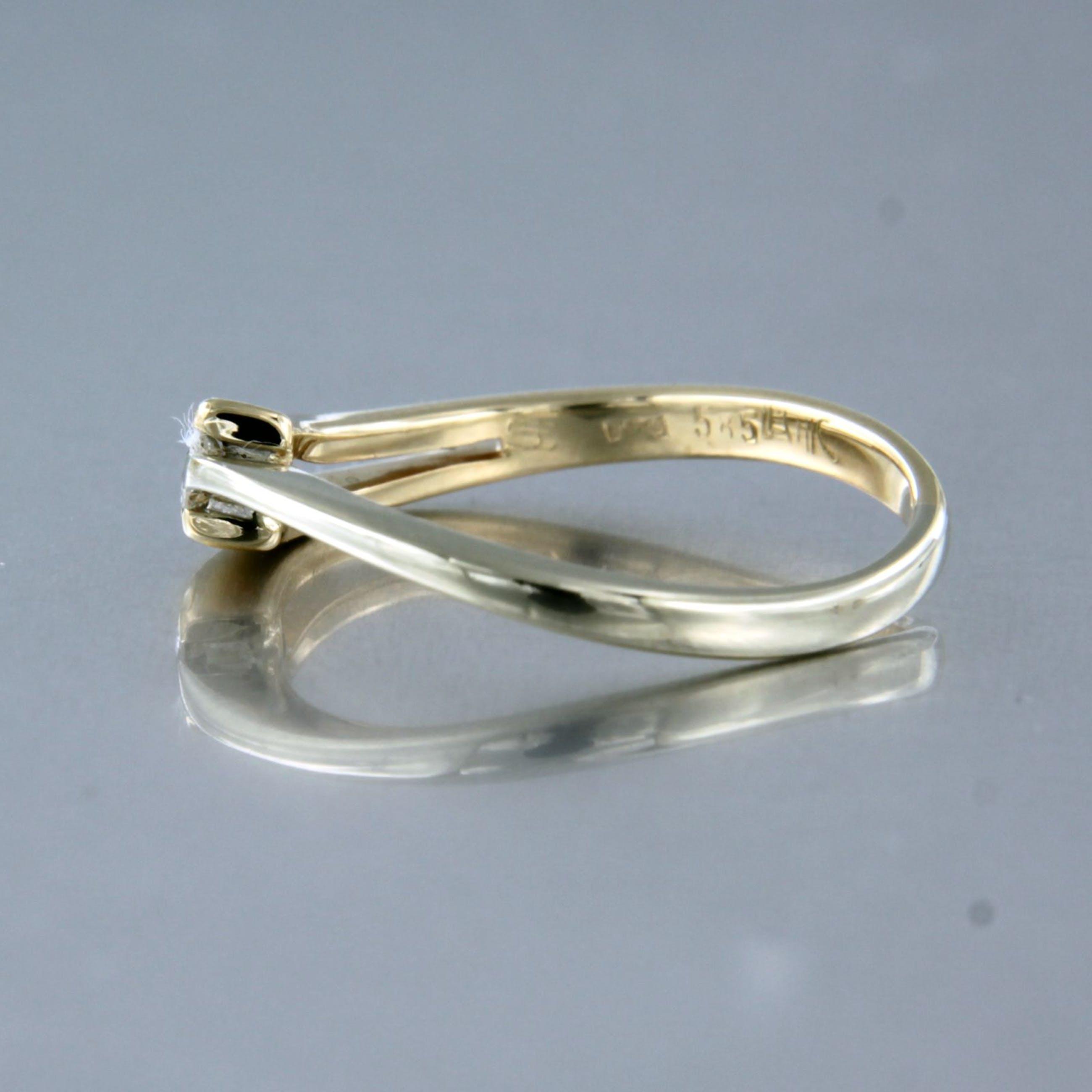 14K Goud - LeChic biccolor ring bezet met briljant geslepen diamant, ringmaat 16.25 (51) kopen? Bied vanaf 120!