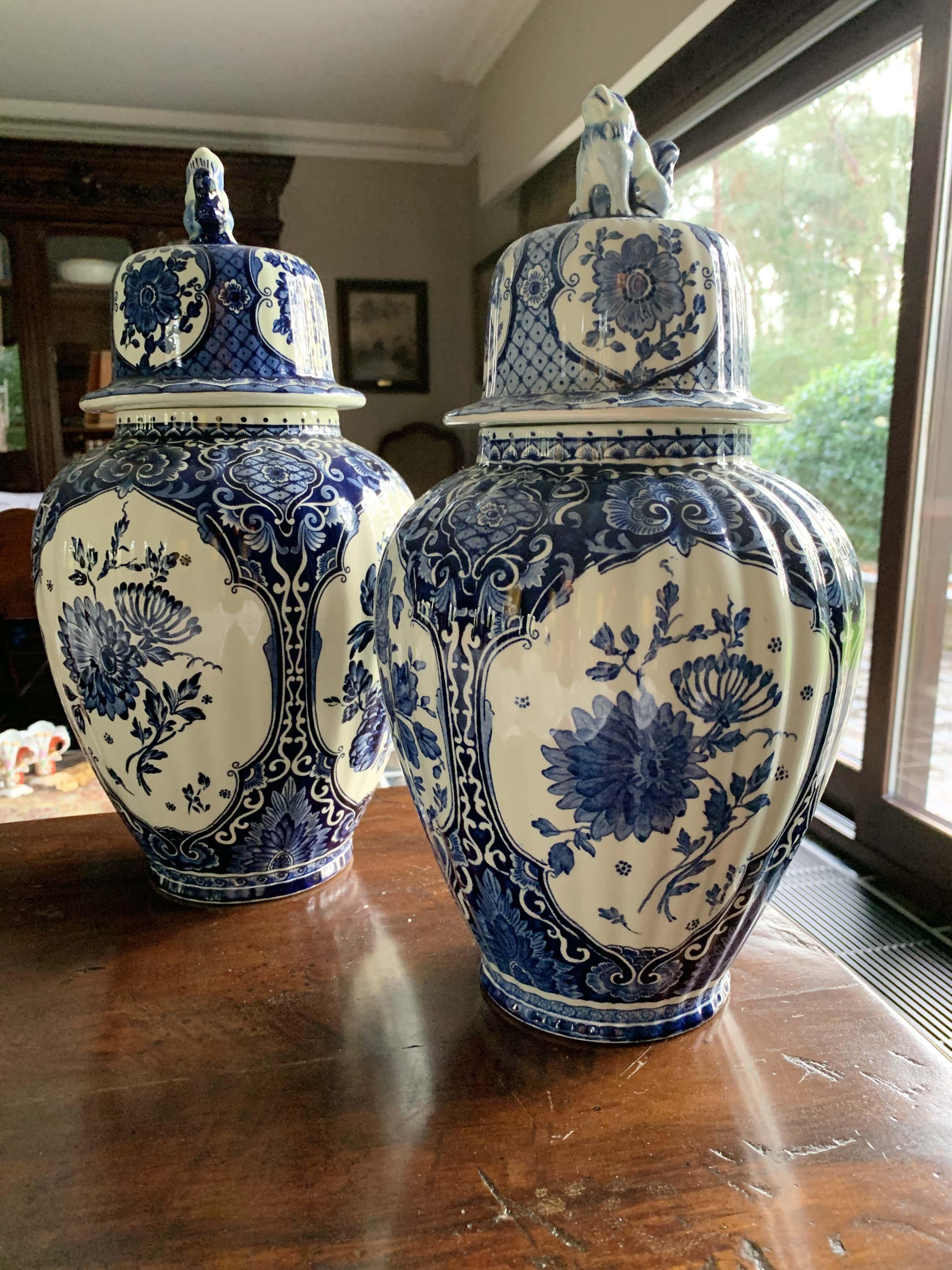 Royal Boch - Set Delfts vazen - Belgisch porselein kopen? Bied vanaf 35!